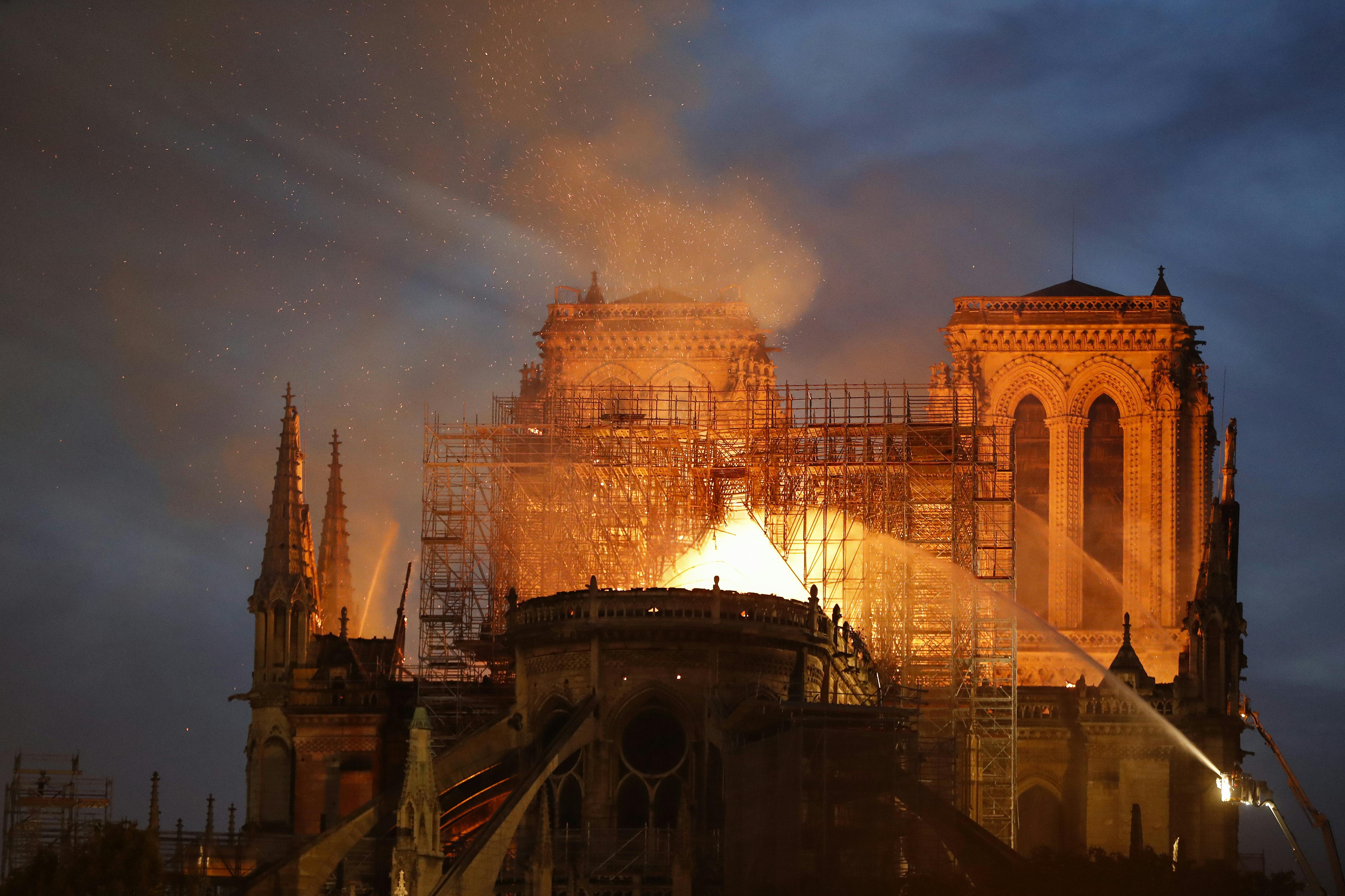 A beígért felajánlások egy tizede folyt be eddig a Notre Dame helyreállítására