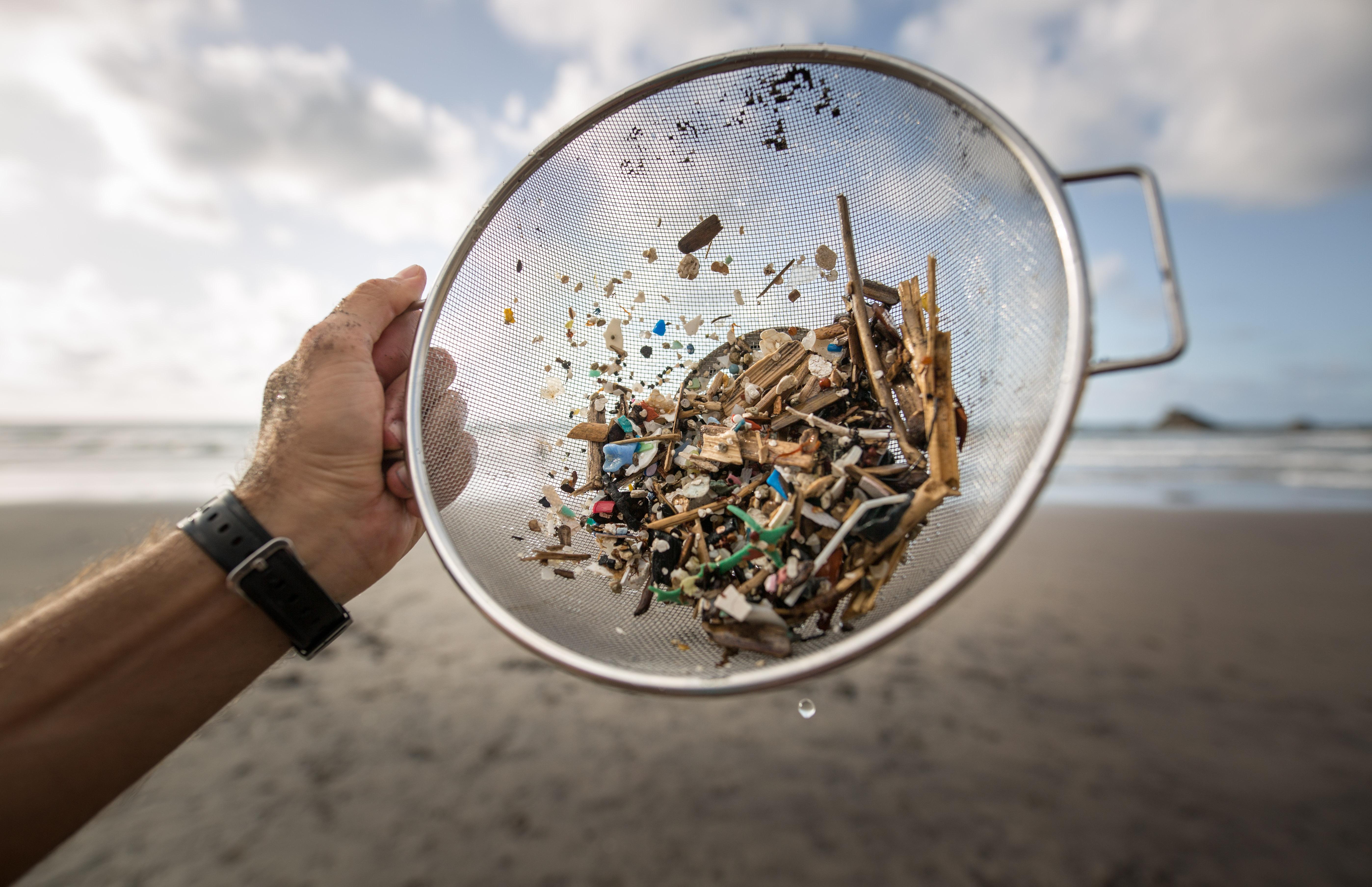 Vízpárában tér vissza hozzánk a tengerbe ömlesztett műanyag