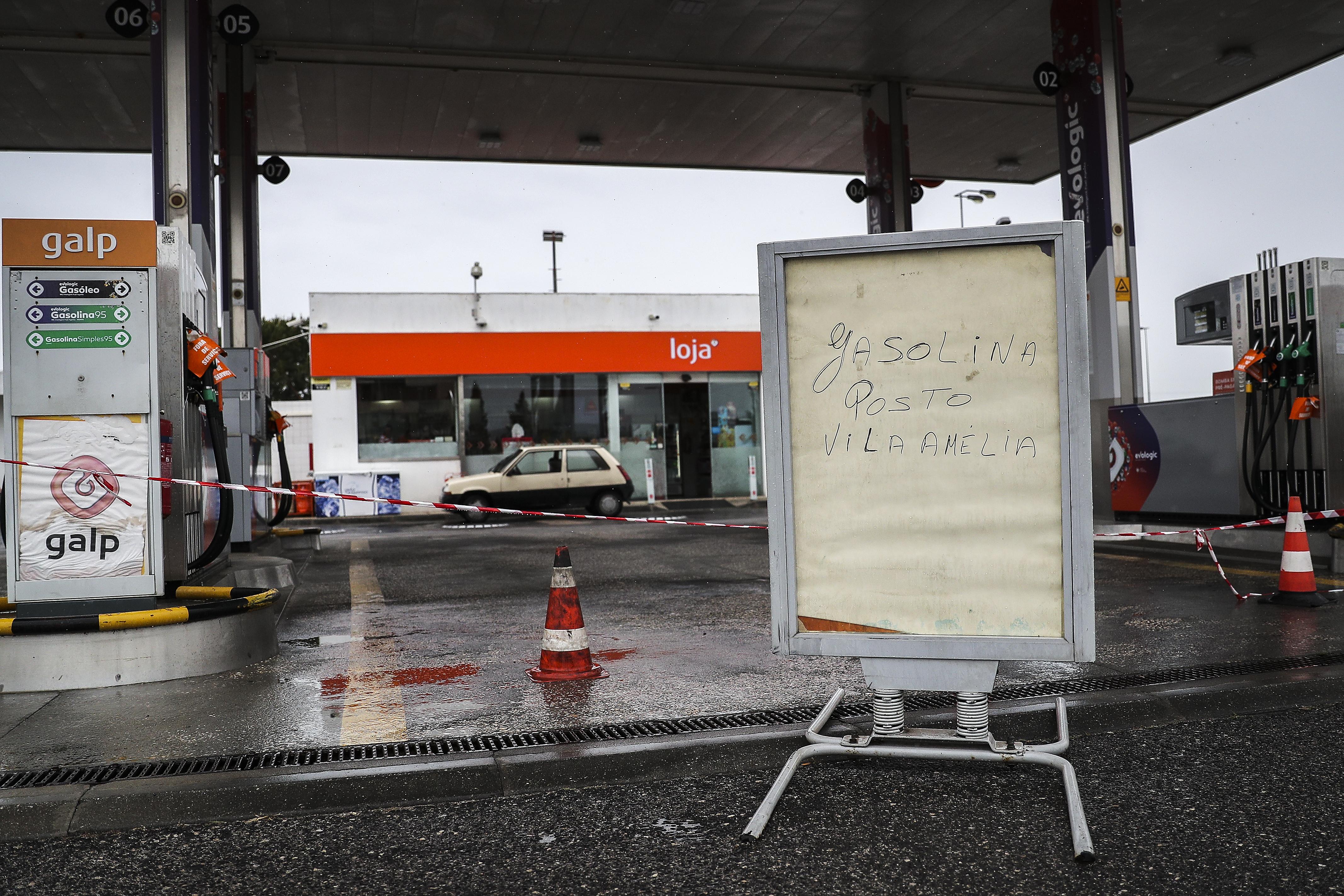Portugáliában kiürülhetnek a benzinkutak a teherautó-sofőrök sztrájkja miatt