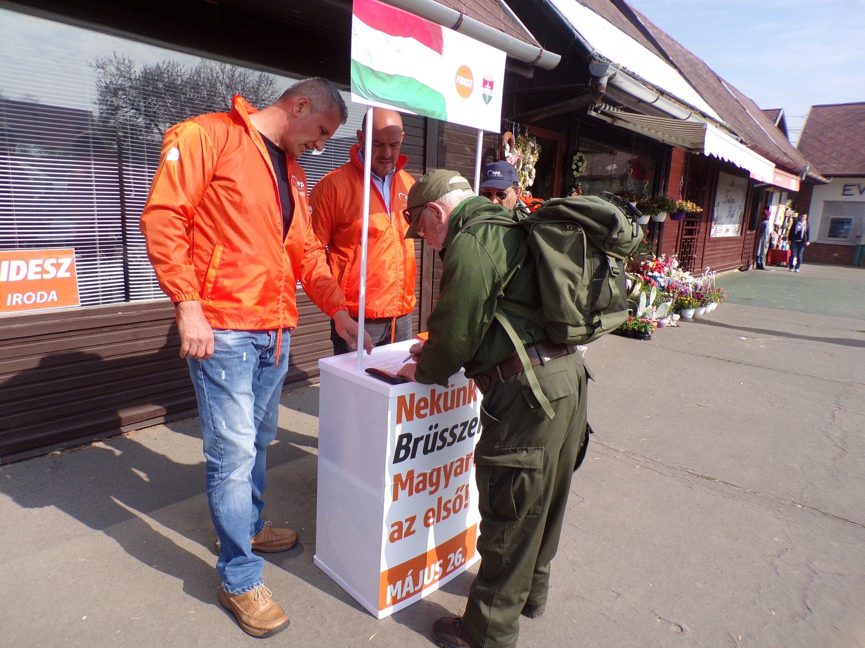 Pert nyert egy férfi a Fidesz ellen, mert nem tudták igazolni, honnan szerezték meg az e-mail-címét
