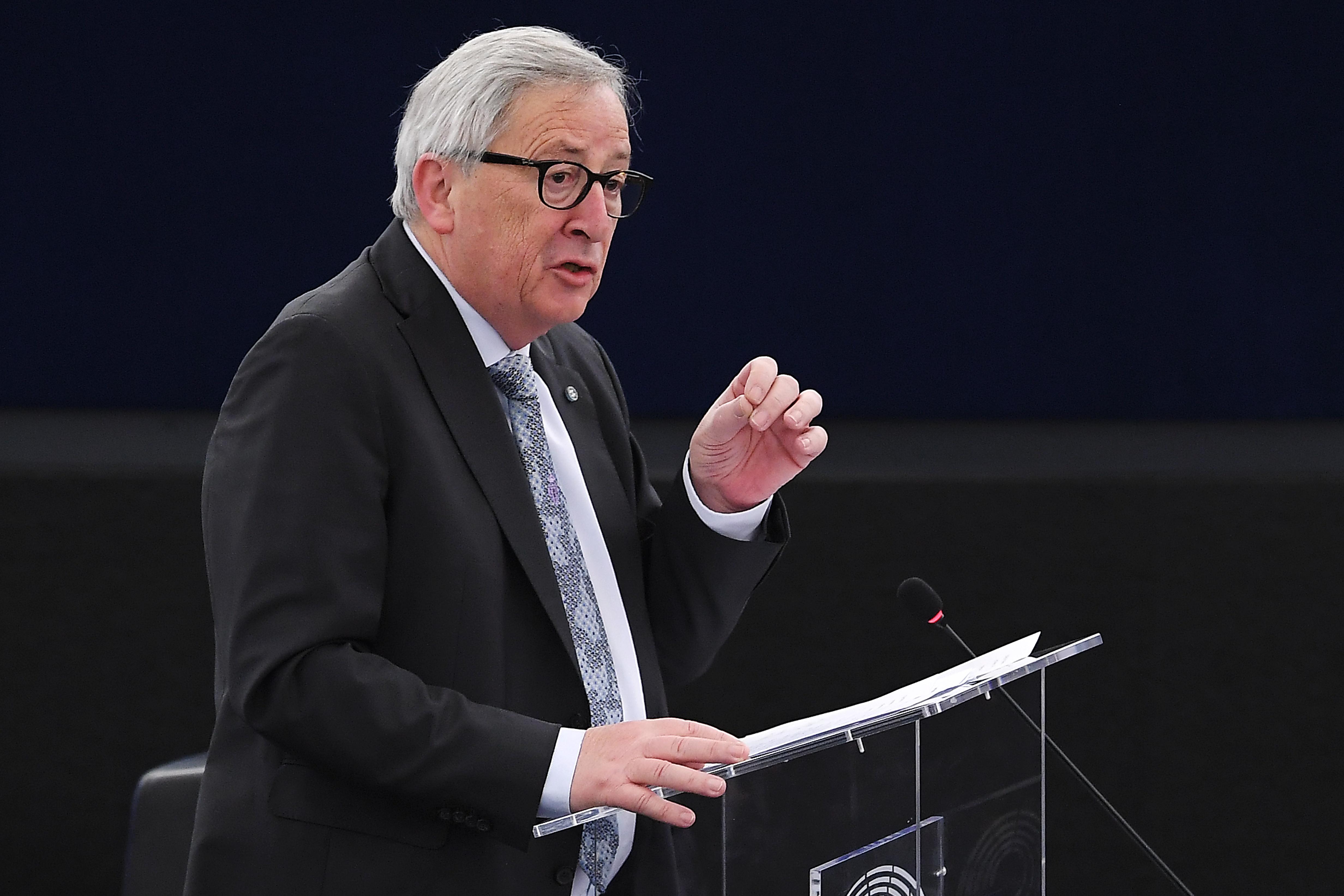 Juncker harcot hirdetett az álhírek ellen, szerinte Orbán Oroszországhoz hasonlóan befolyásolja a választókat