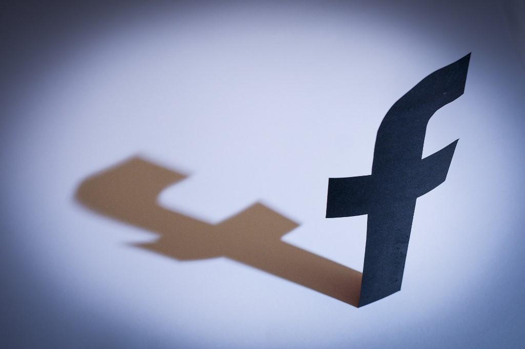 A Facebook nem fogad új politikai hirdetéseket az amerikai elnökválasztás előtti héten