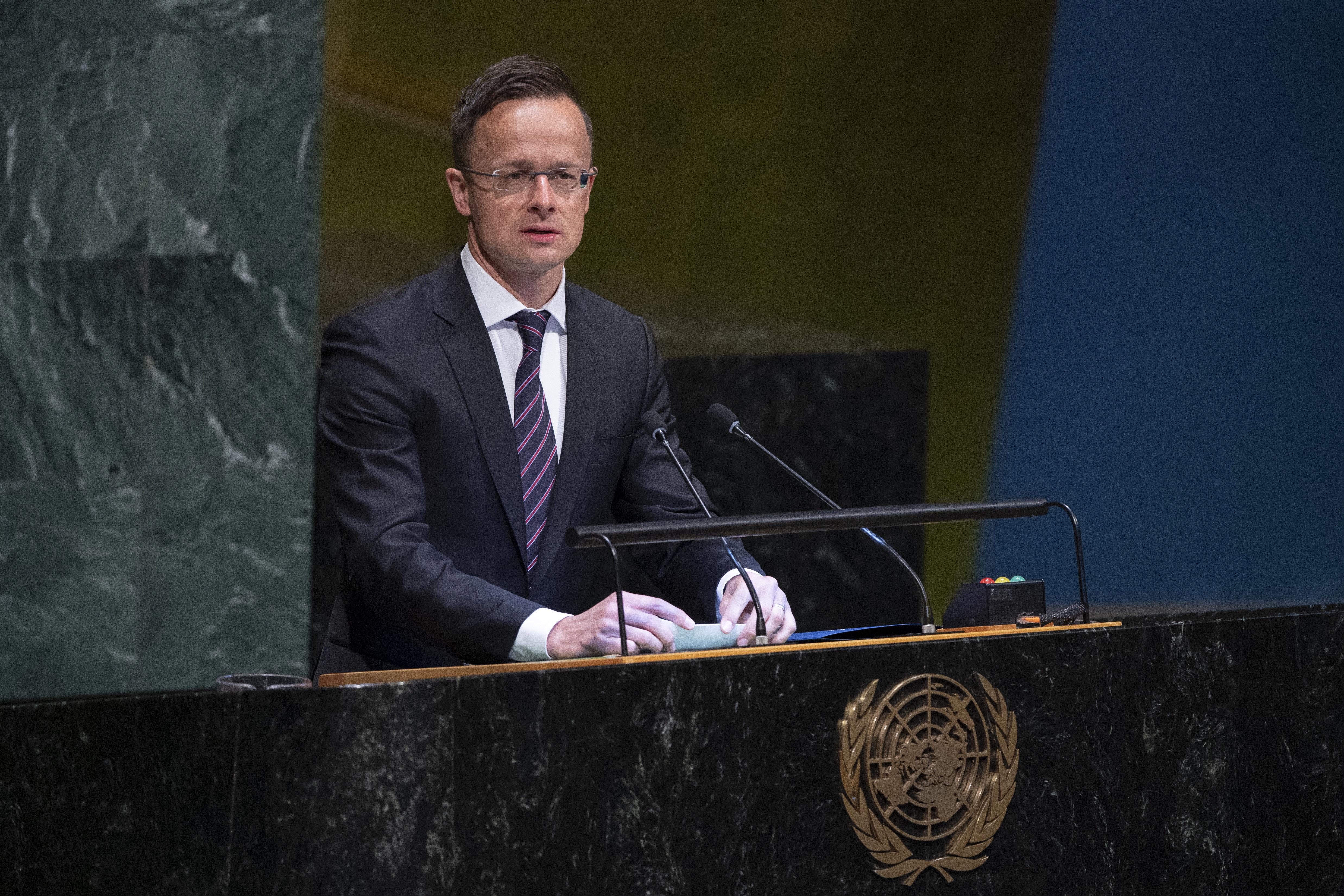 Szijjártó: Az ENSZ is Soros befolyása alatt áll, ebben nincs különbség New York, Genf és Brüsszel között