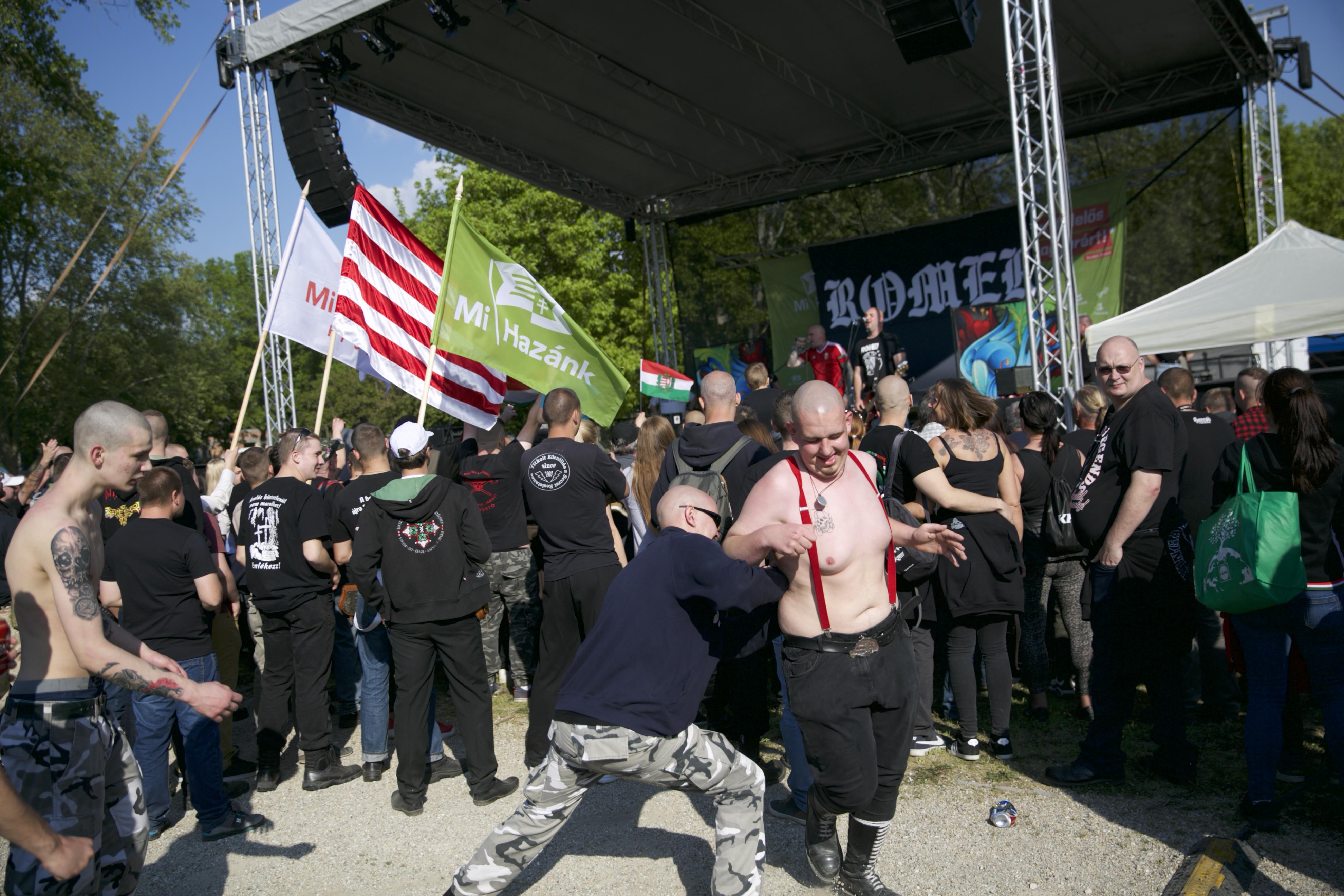 Elbúcsúzott a Jobbiktól a nemzeti rock, és új pártot talált