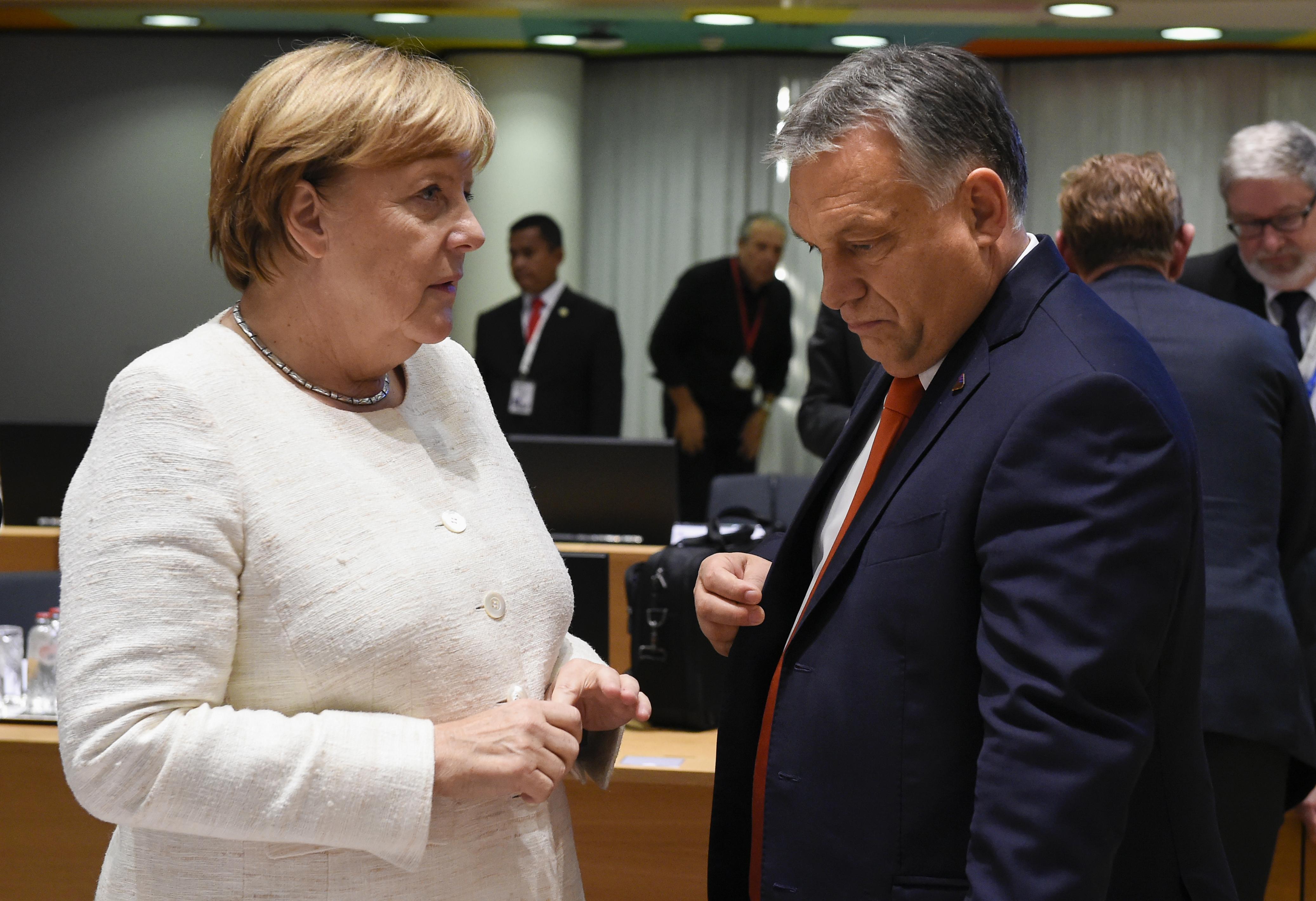 Angela Merkel Magyarországra látogat
