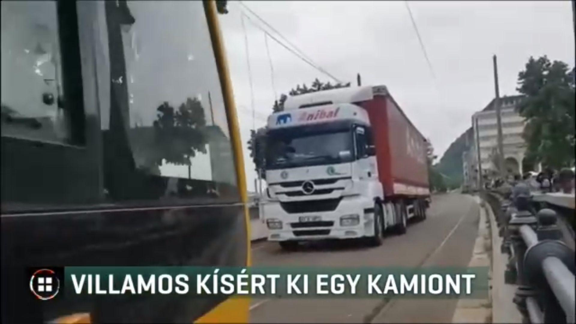A villamosvezető egyszer csak azt látta, hogy a sínen jön szembe egy kamion