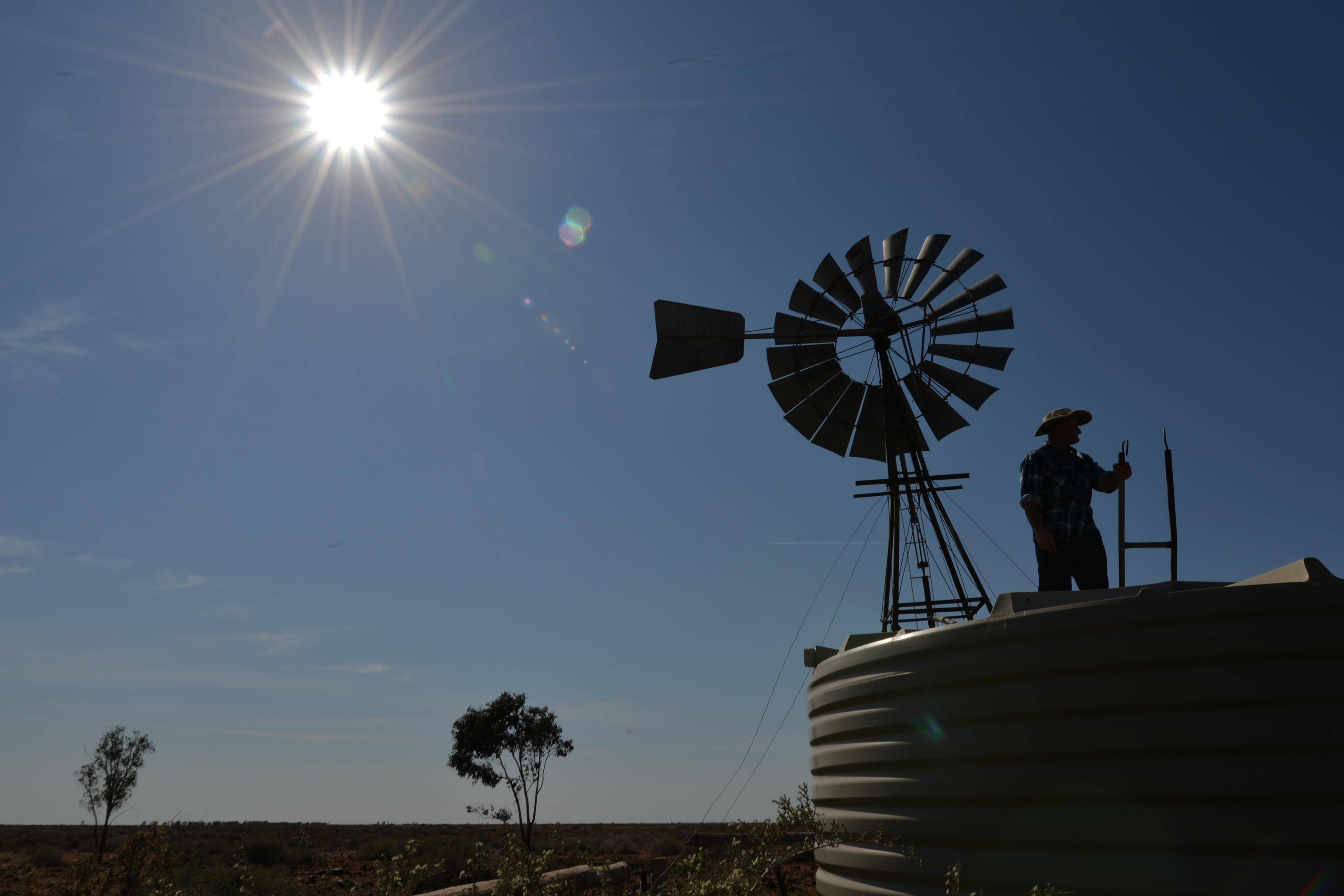 Kiszáradtak a tározók, vízkorlátozás jöhet Ausztrália nagyvárosaiban