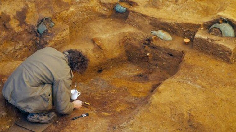Egy kocsma és egy Aldi között találták meg Nagy-Britannia válaszát Tutanhamonra