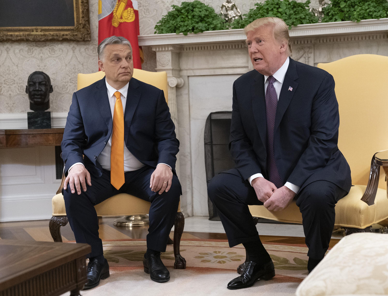 Orbán Trumppal dumált