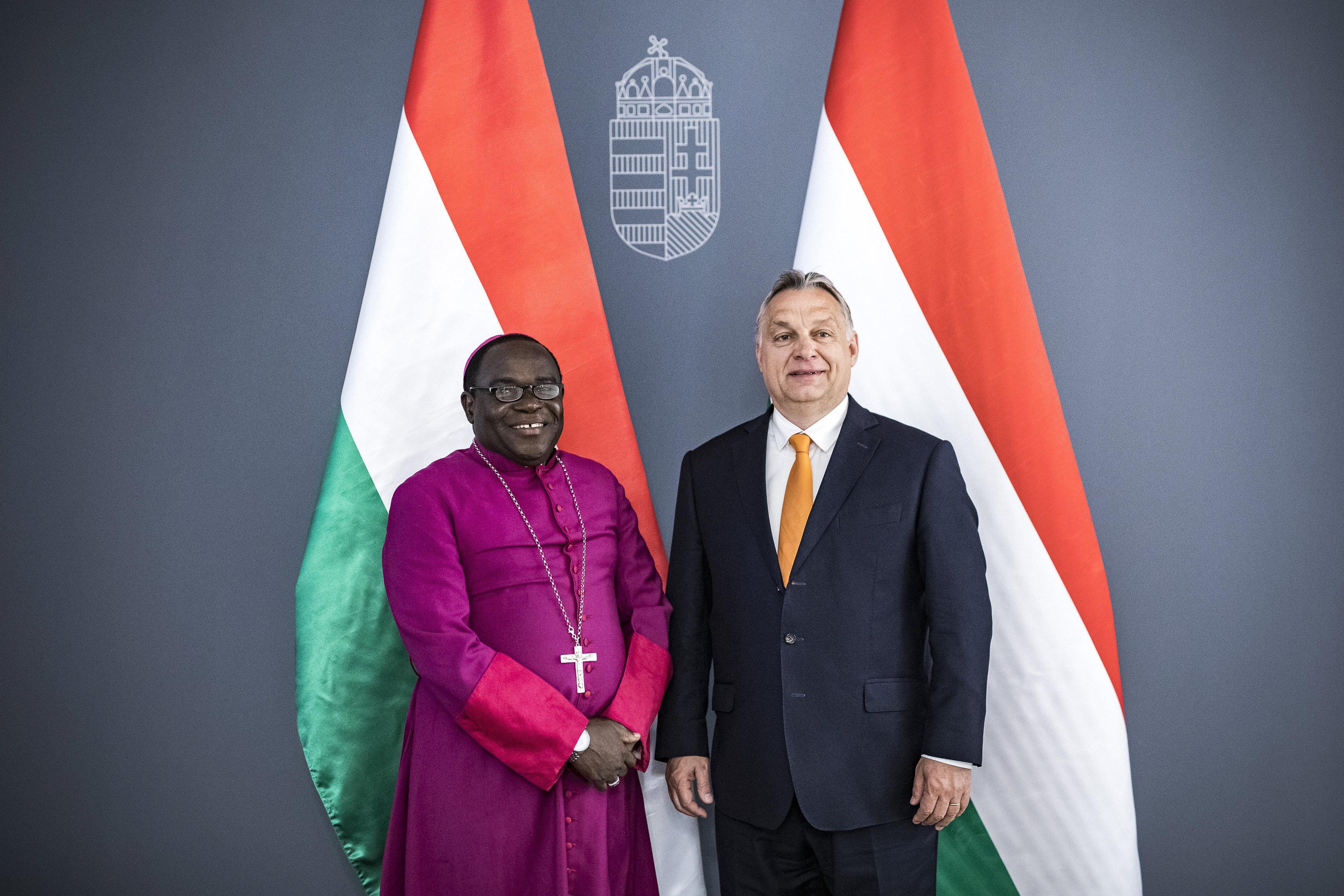 Orbán nigériai keresztény vezetőket fogadott