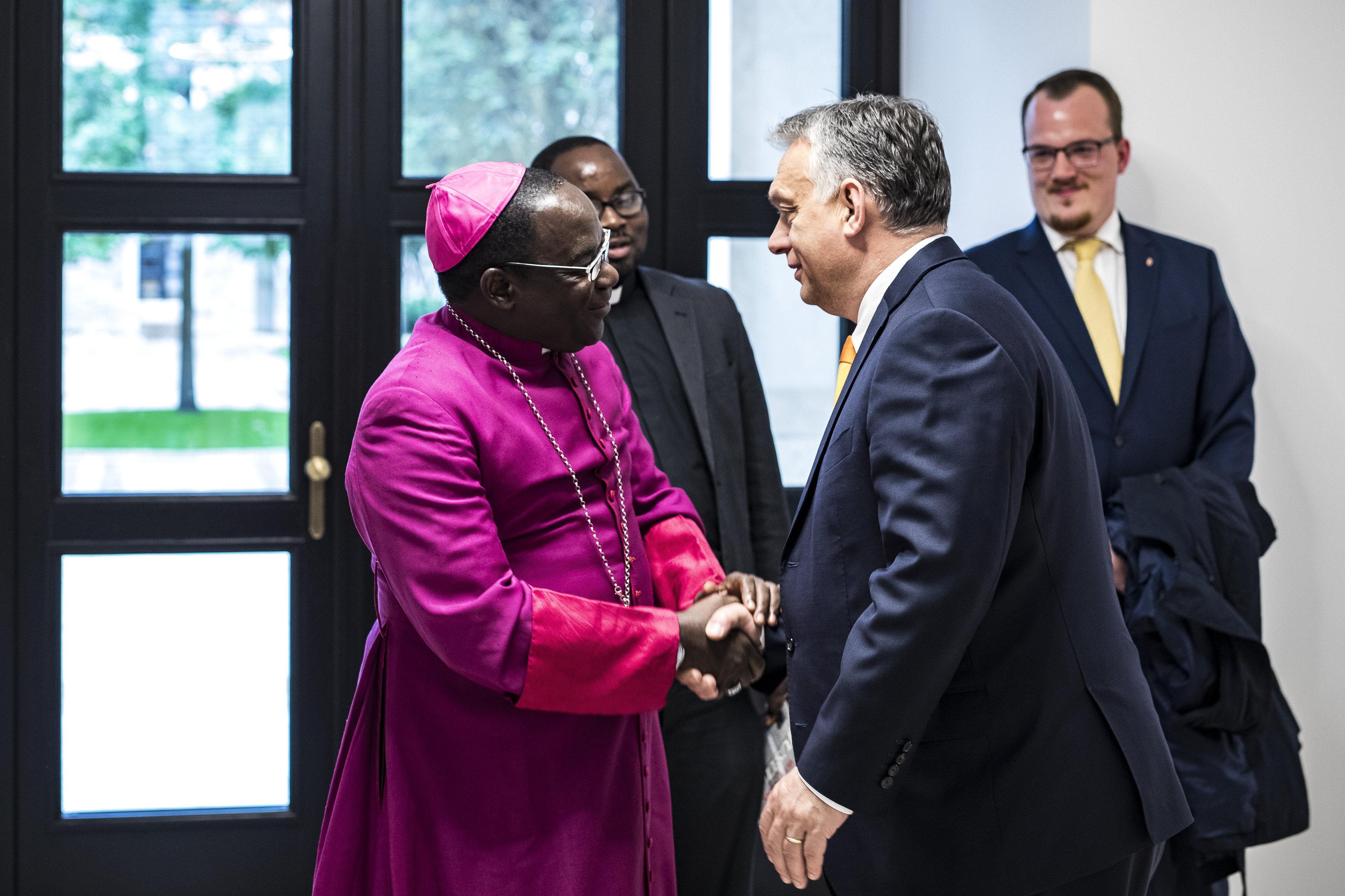 Egész júliusban Orbánért és a magyarokért imádkoznak egy nigériai egyházmegyében