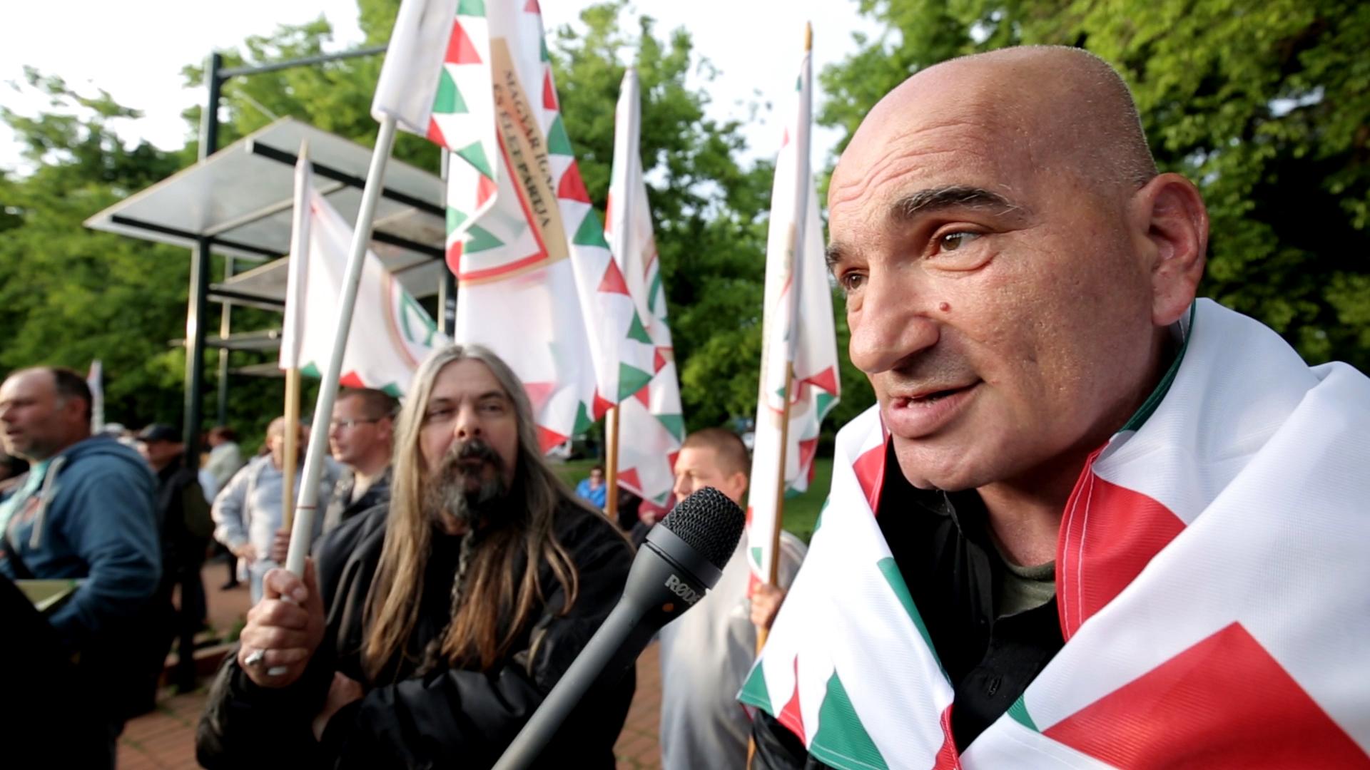 Toroczkai azt ígéri, ha 22-ben nyer, szibériai börtönbe zárja a roma jogvédőket