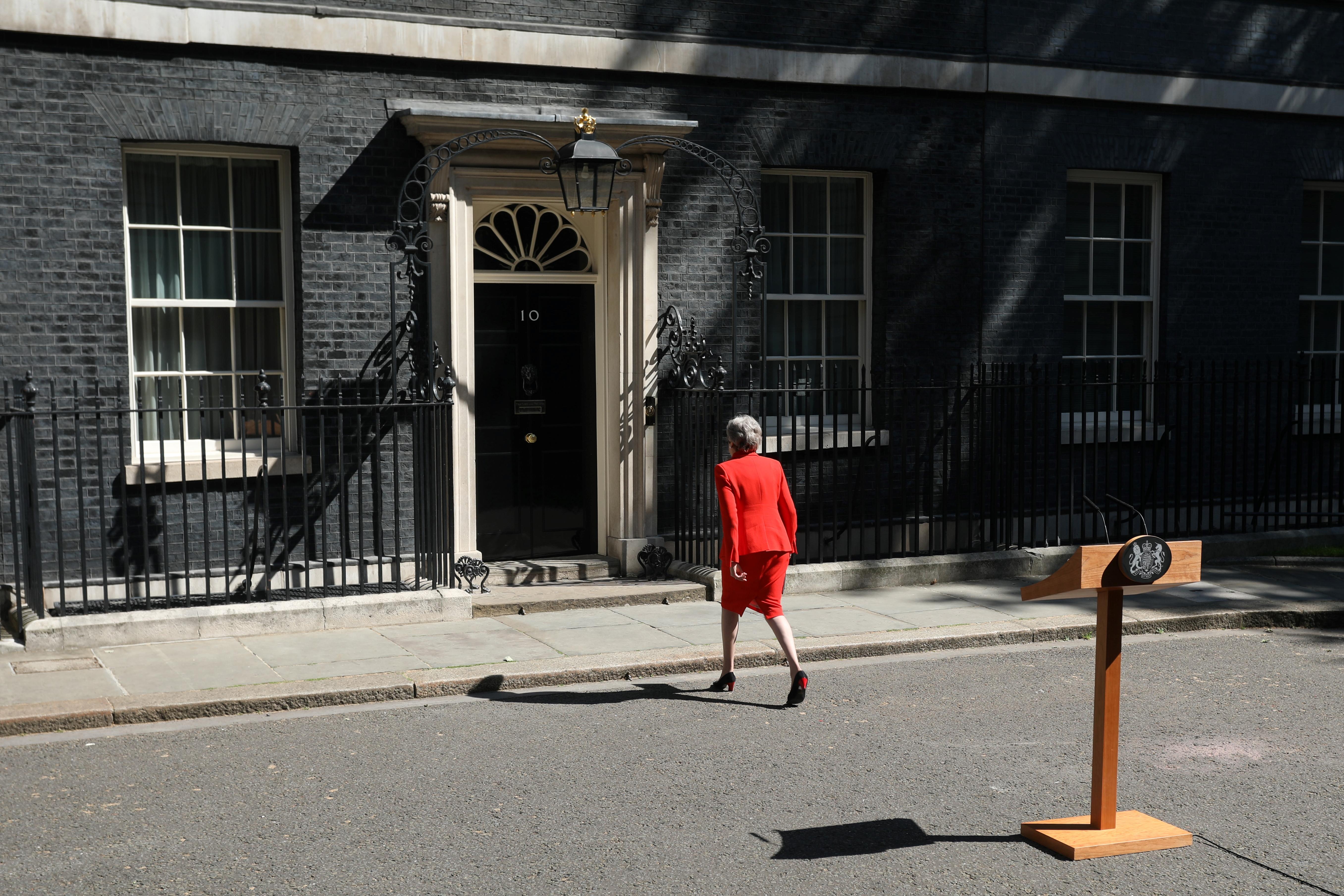 Theresa May június 7-én távozik a kormány éléről