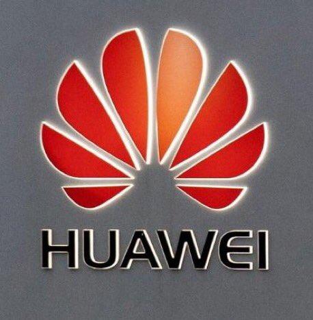 Mégis kitiltják a Huaweit a brit 5G-hálózat építéséből