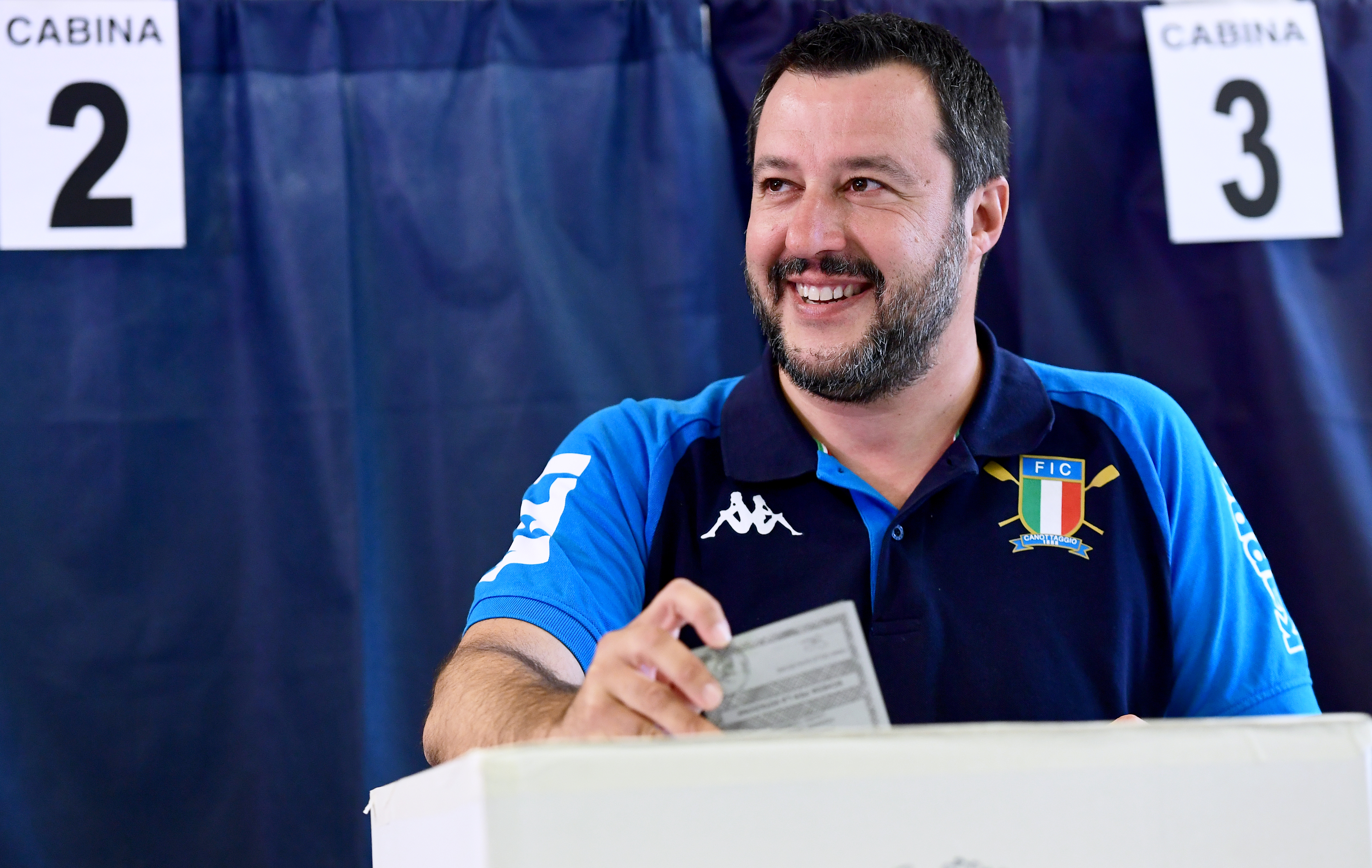 Nyomoz az olasz ügyészség Salviniék orosz támogatása miatt