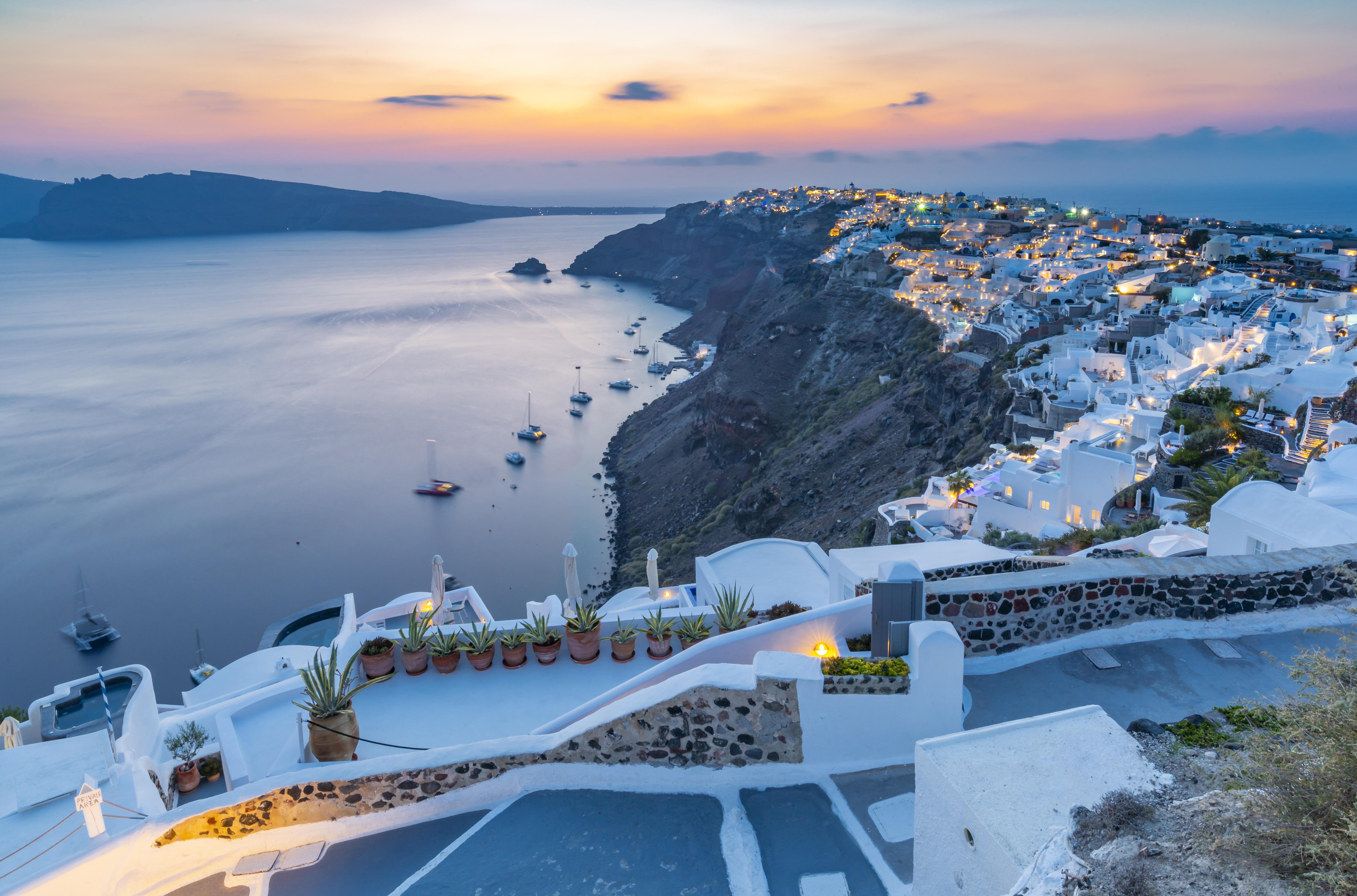 A görögök azt javasolják az EU-nak, hogy aki beoltatta magát, az szabadon utazhasson