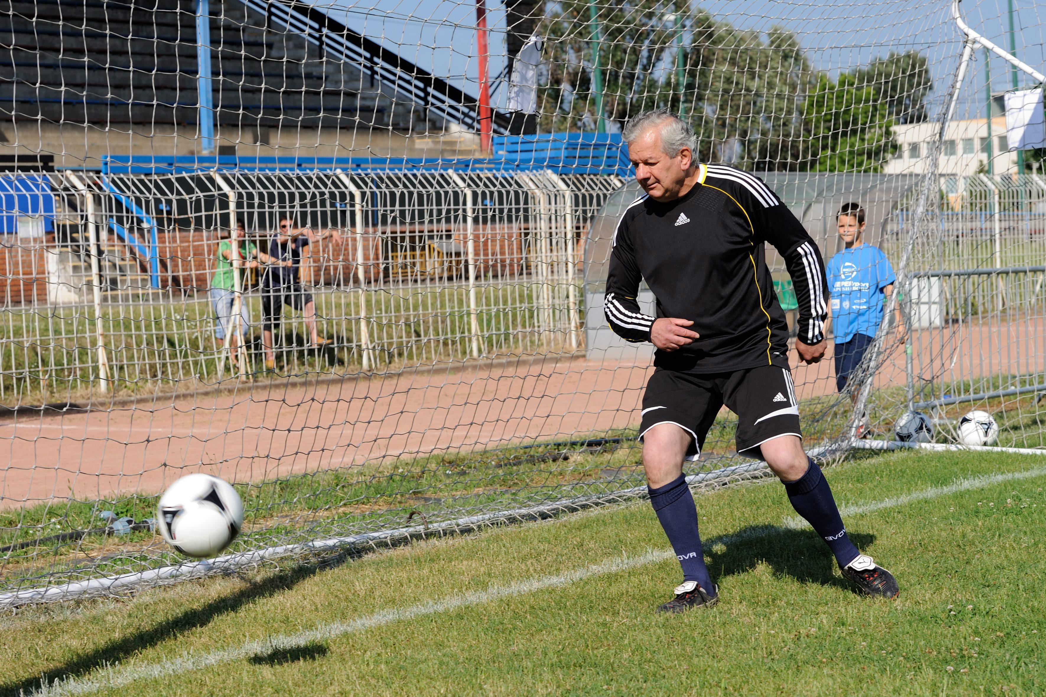 NERB1: A focimániás fideszes szegedi püspök nyíltan kimondta, hogy a cél az NB1