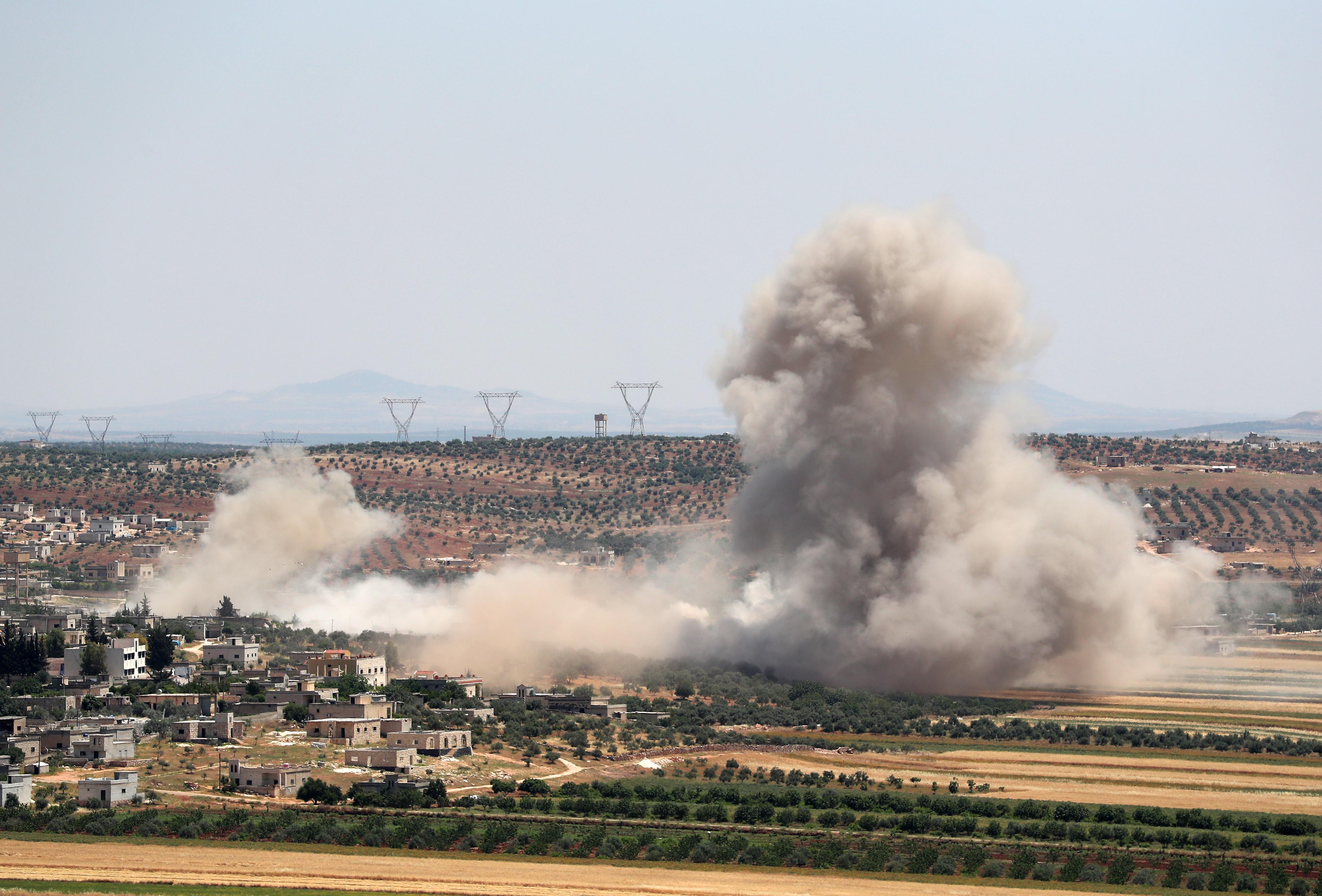 Aszad csapatai kórházakat támadtak Idlibben