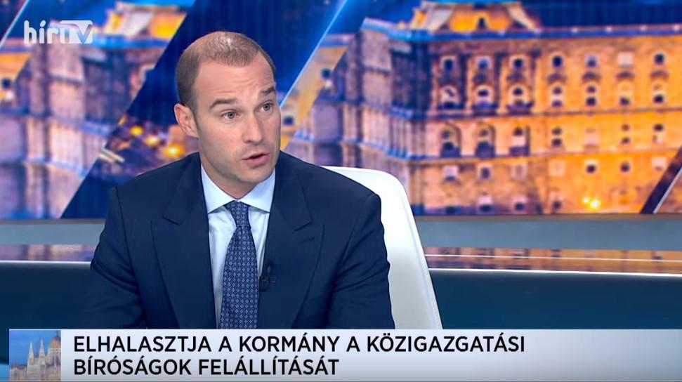 Döbbenet a Hír tévében: eddig nem ismert kormányt mutatott be Hollik István