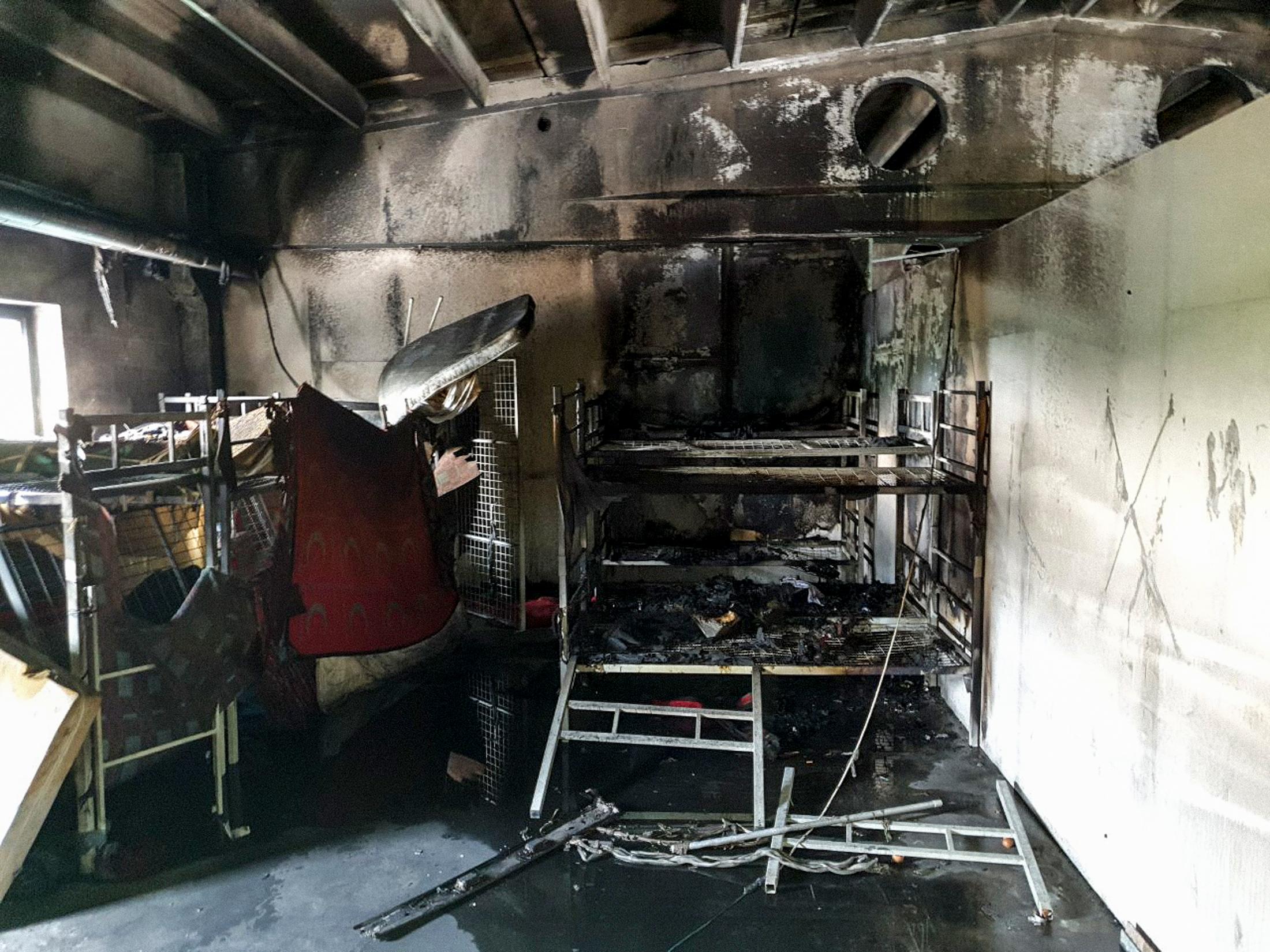 Tűz volt egy boszniai menekülttáborban