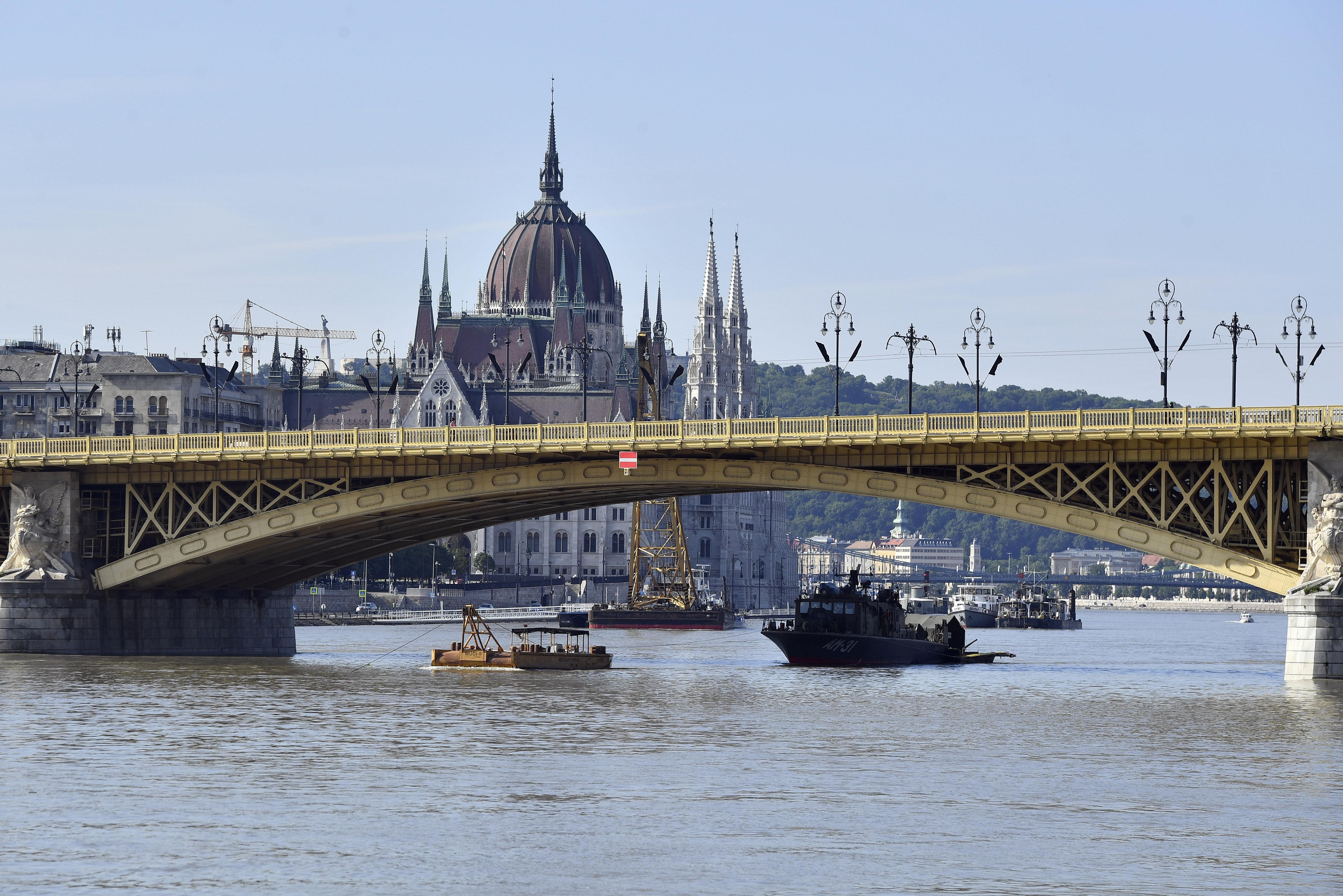 Szombat óta már 20 centit apadt a Duna