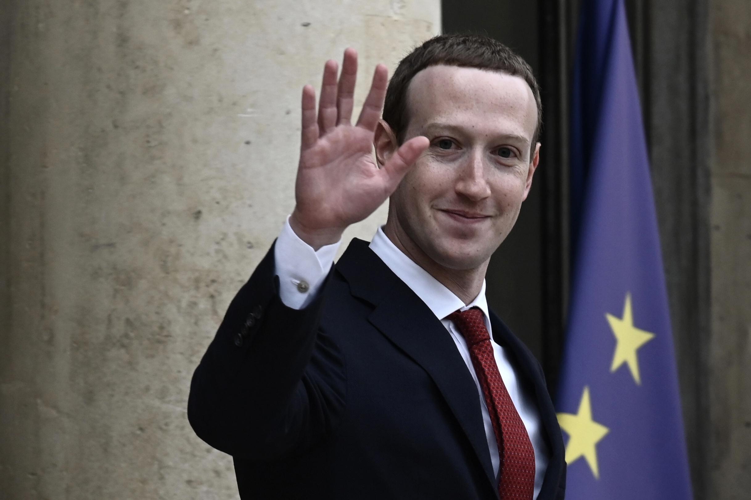 Az elnökválasztás után újra több hülyeség jöhet a Facebookra