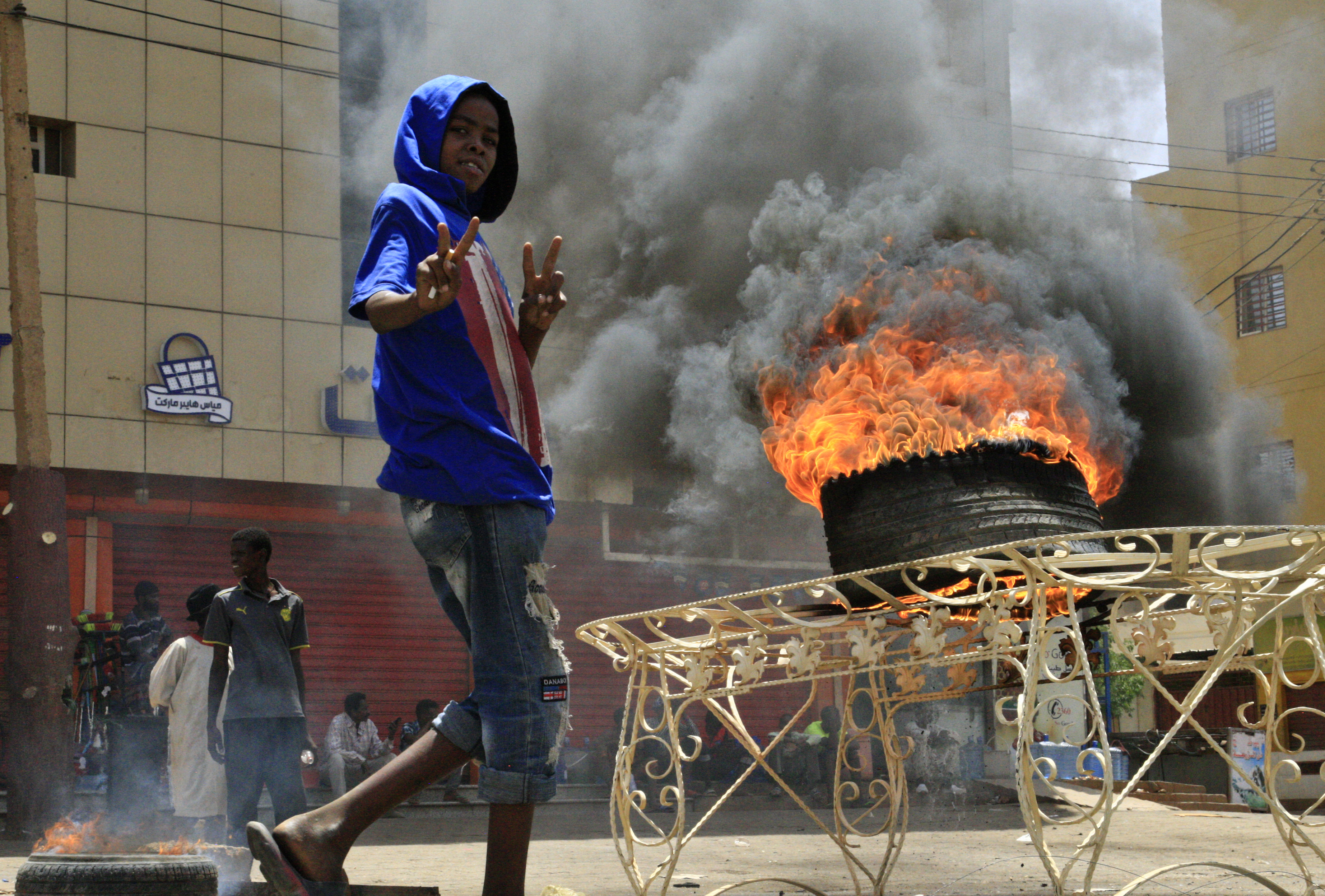 Ráeresztette a szudáni vezetés a szabadcsapatait az ellenzéki tüntetőkre