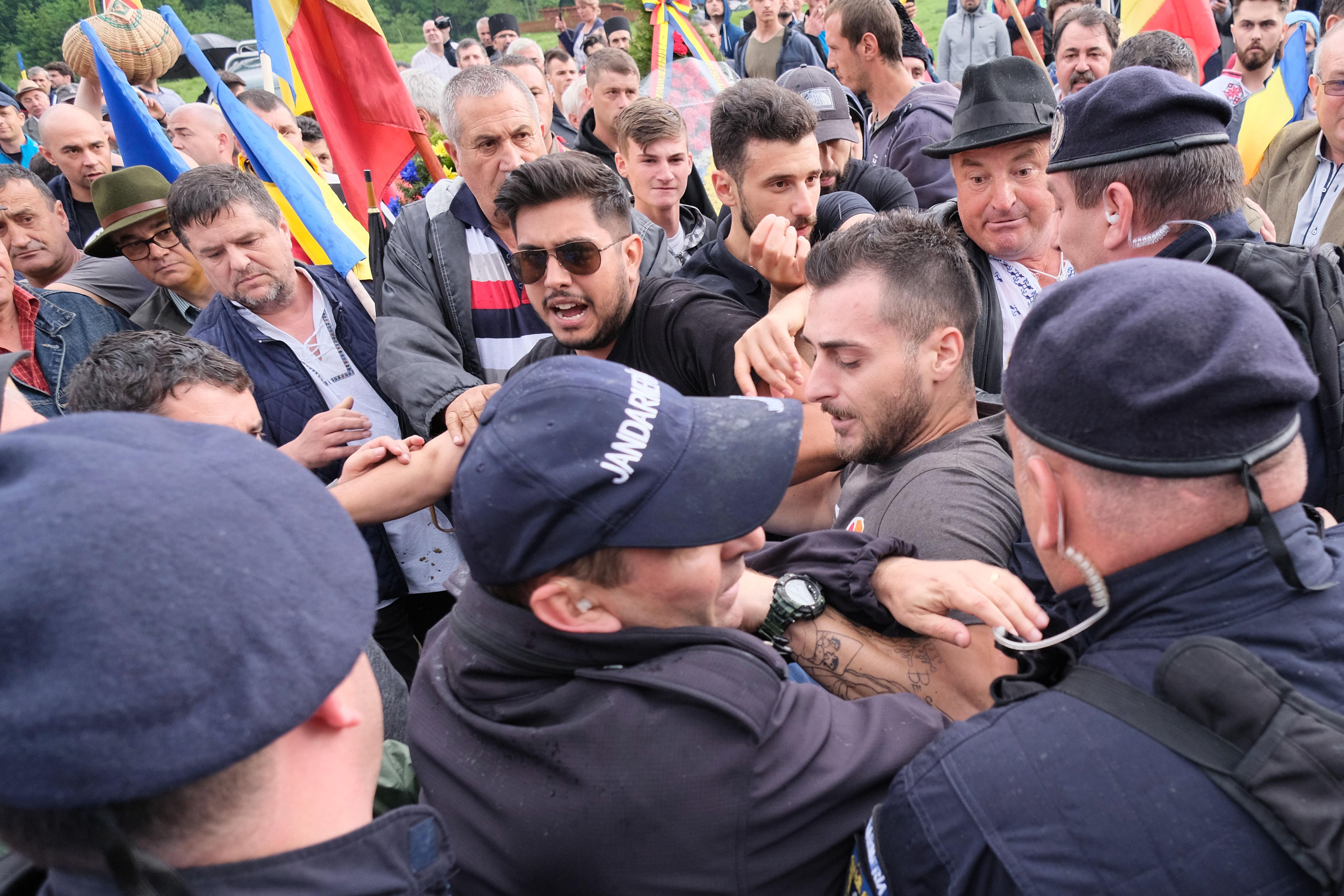 A magyar kormány tiltakozó jegyzéket adott át a románnak