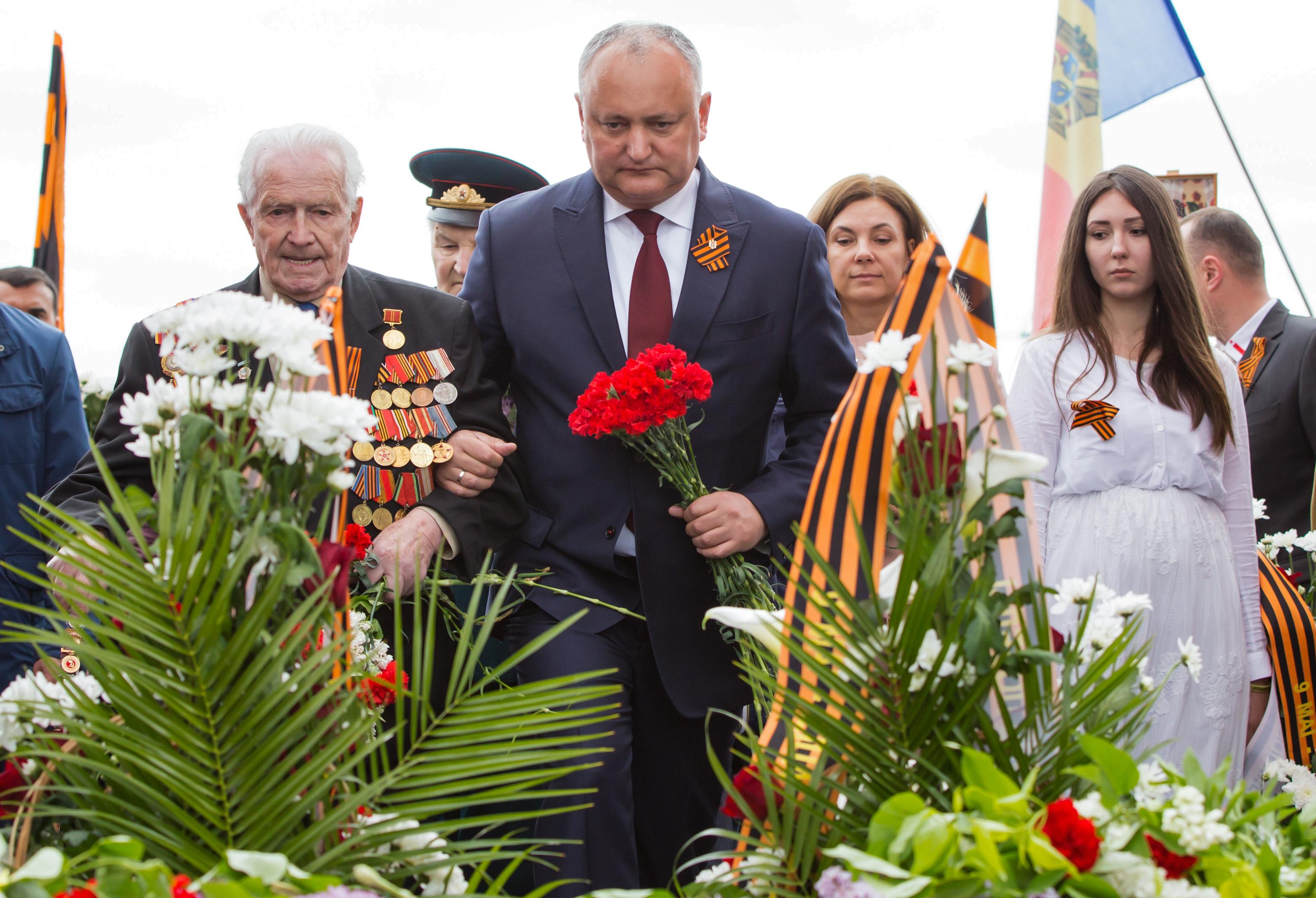 Belebukott az alkotmányos válságba a moldovai elnök