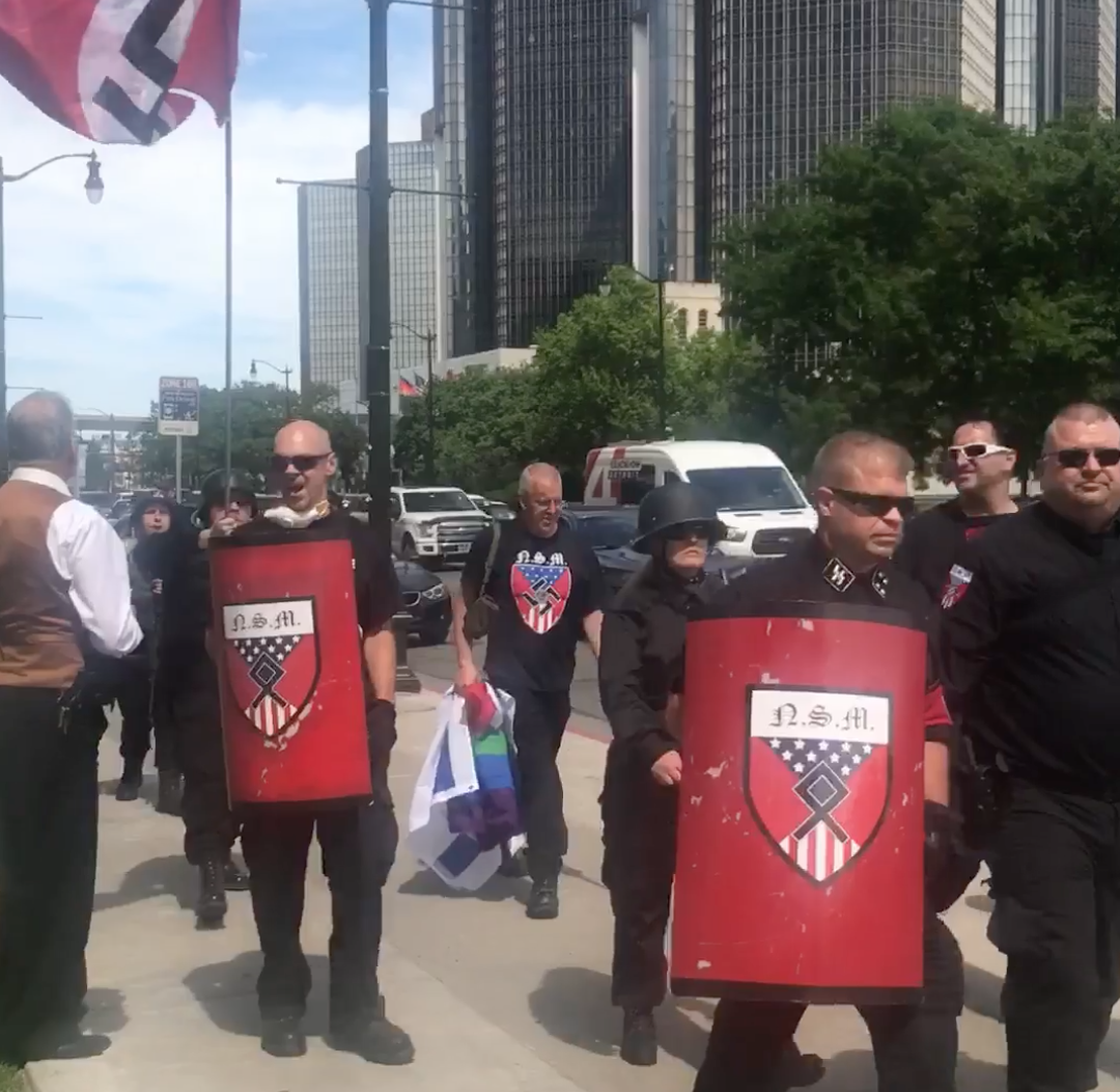 Buzizó, zsidózó fegyveres neonácik zavarták meg a detroiti Pride-ot