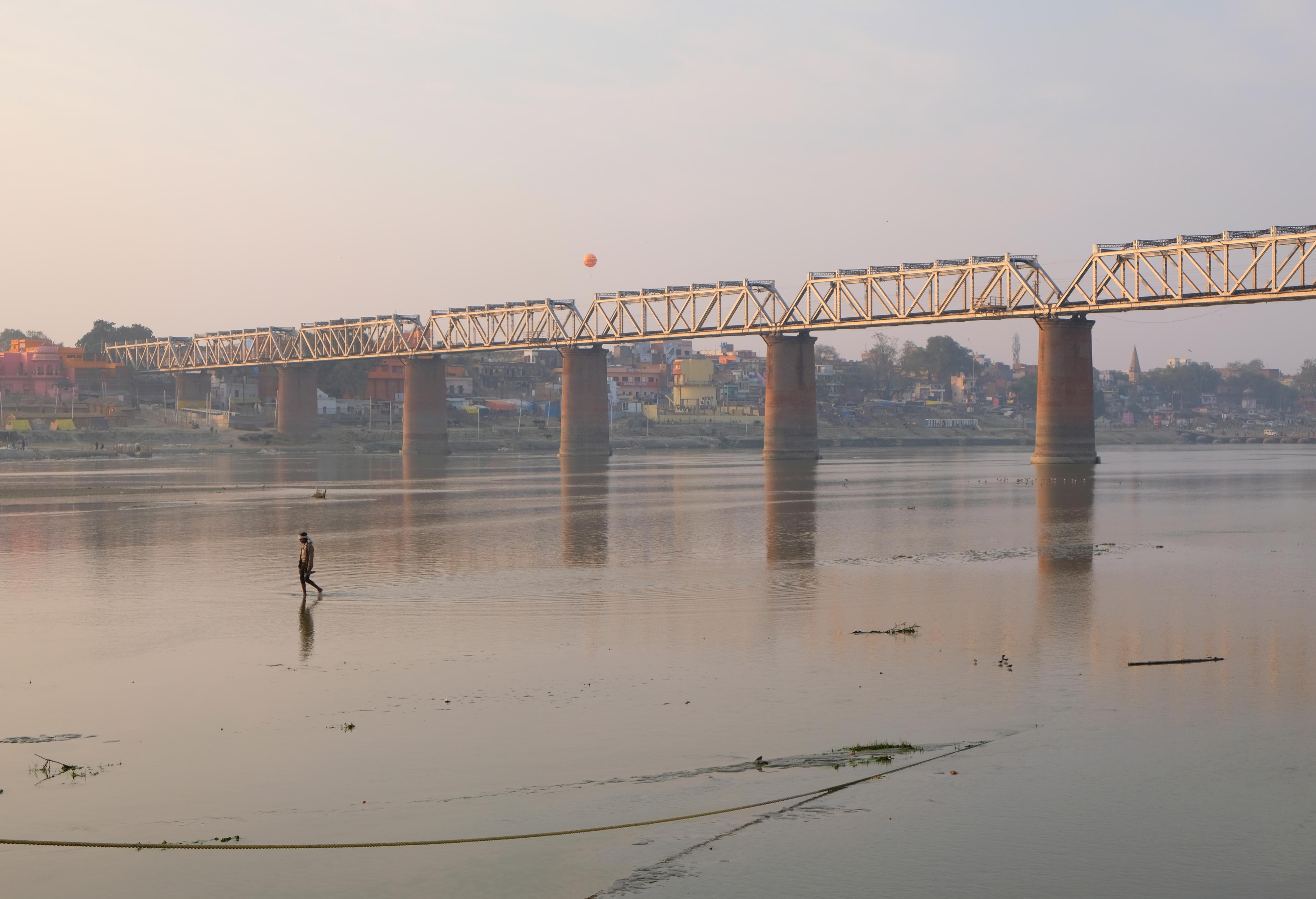 Legalább 40 holttestet mosott partra a Gangesz