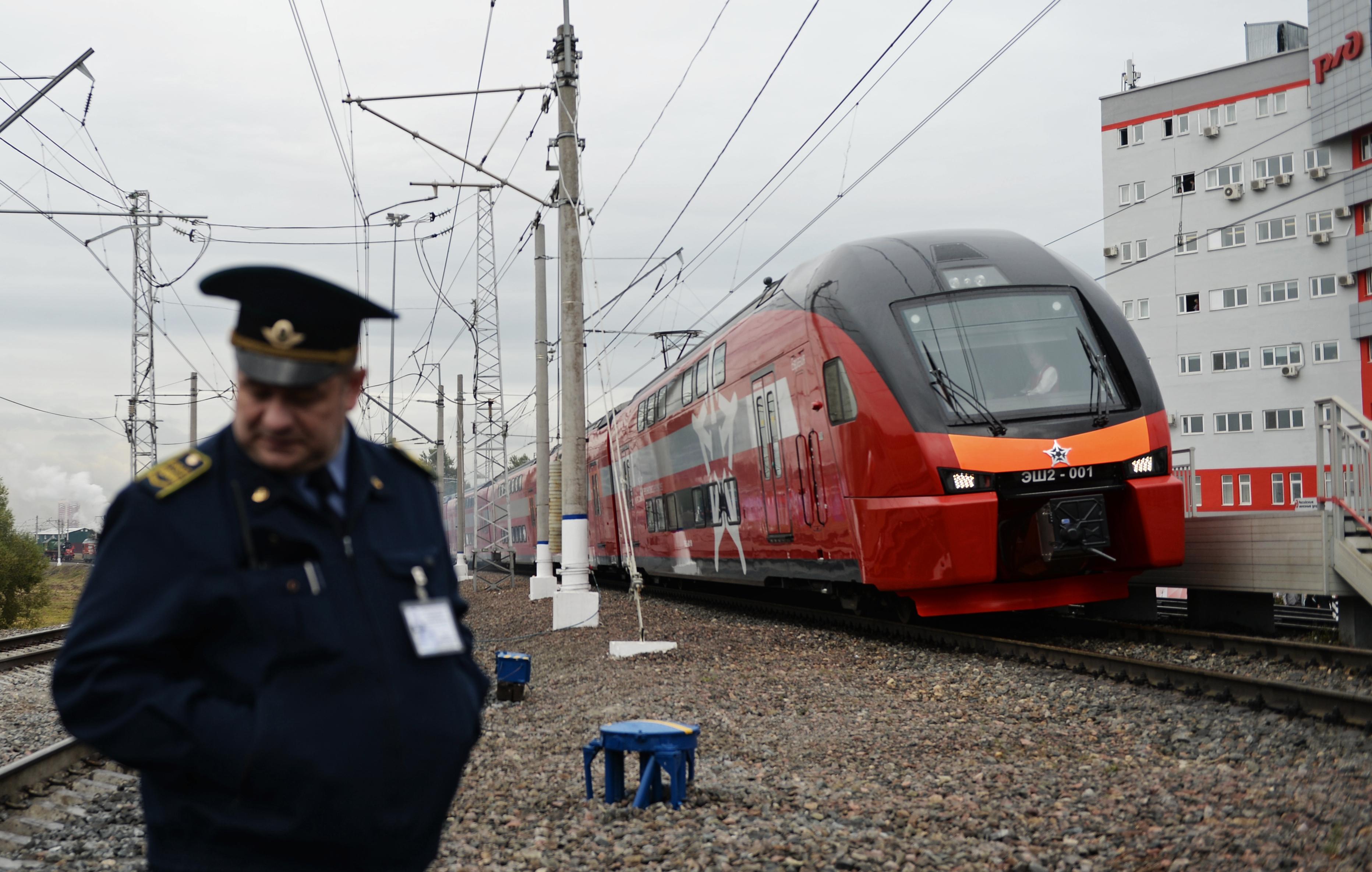 Ausztria éjszakai vonatokkal fogja szállítani az ápolókat Romániából