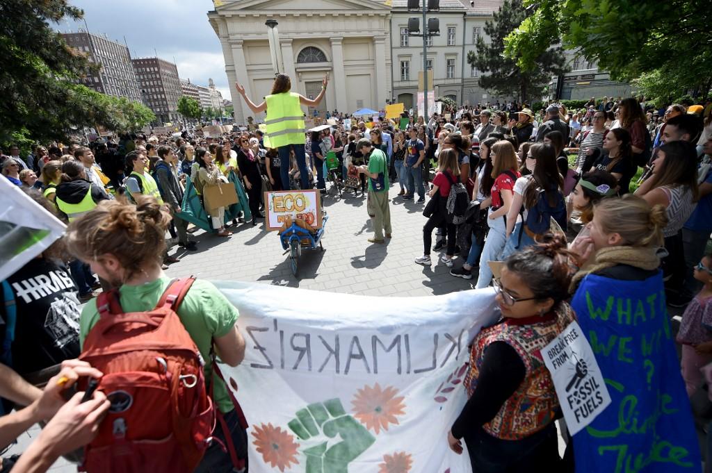 Szétesett a V4 közös ellenállása klímaügyben, Magyarország és Szlovákia is átállt a zöld oldalra