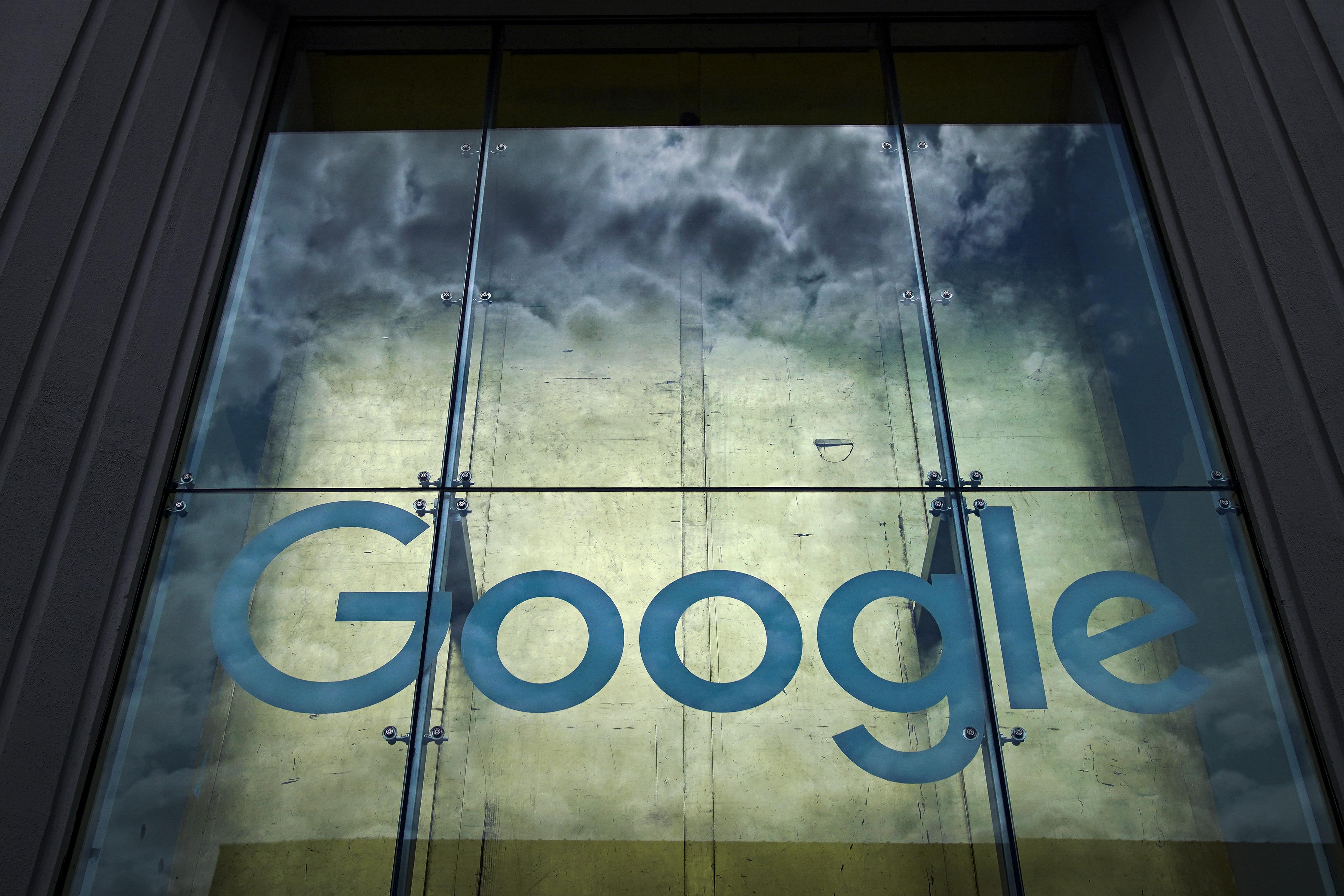 Jövő nyárig maradhat az otthoni munkavégzés a Google-nél
