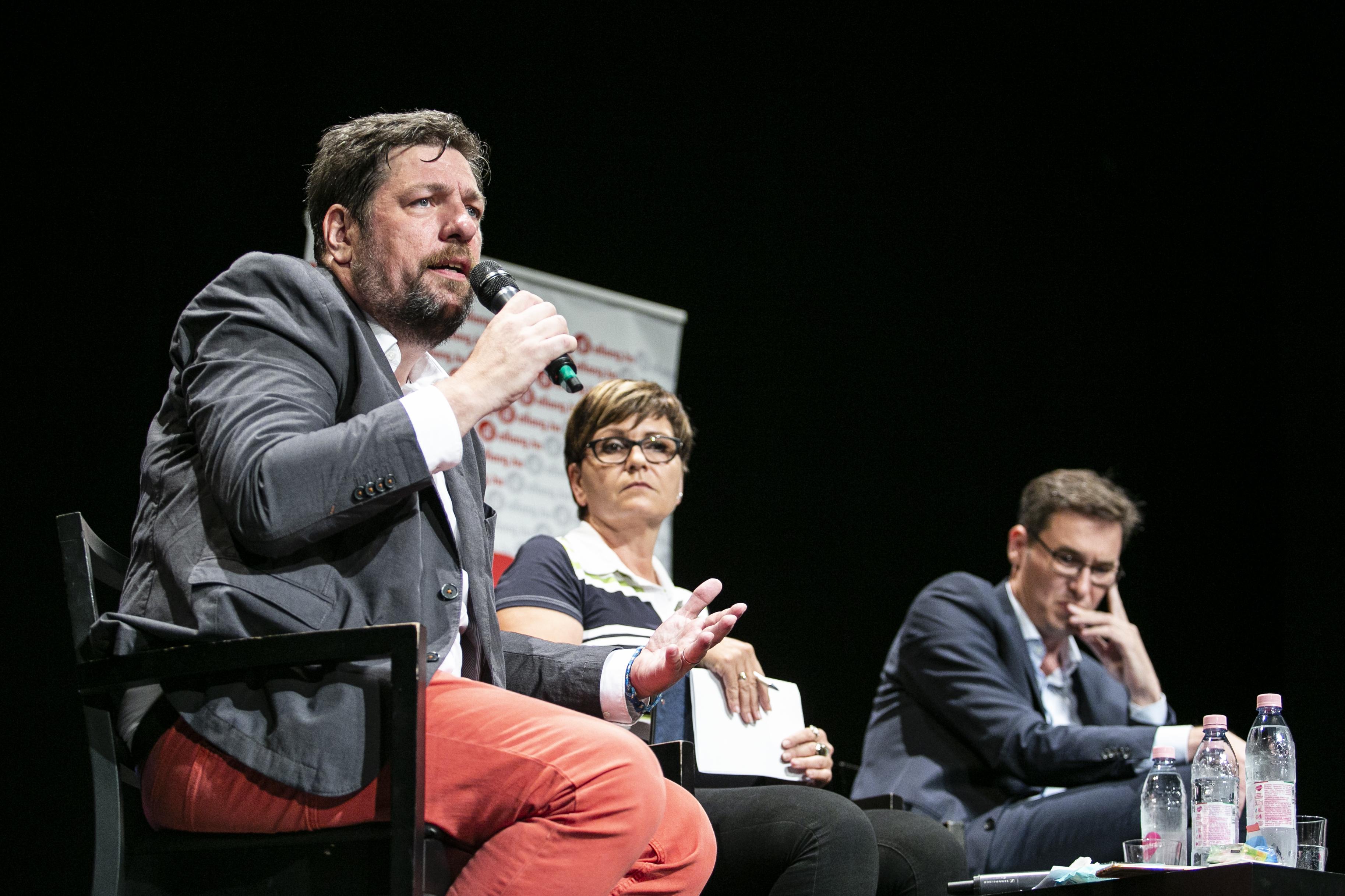 Megvan az 50 ezer szavazó, érvényes a budapesti előválasztás