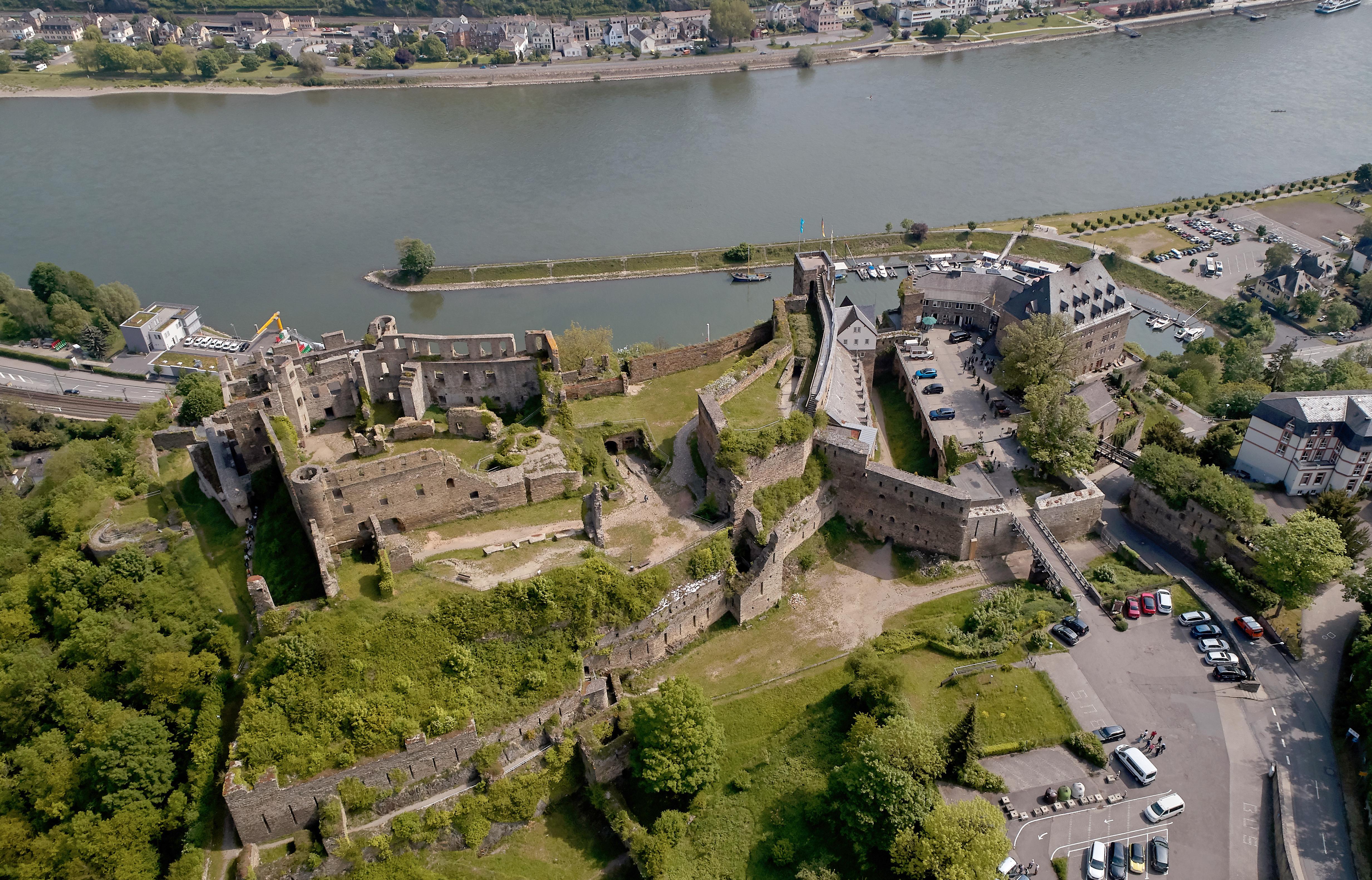 Georg Friedrich porosz herceg nem tudta a bíróságon visszaszerezni családja Rajna menti várát