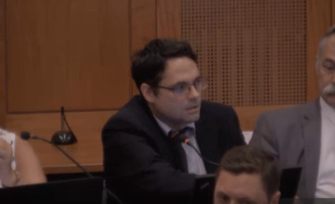 A cigányozó fideszes polgármester-jelölt szerint politikai okokból ítélte el a bíróság