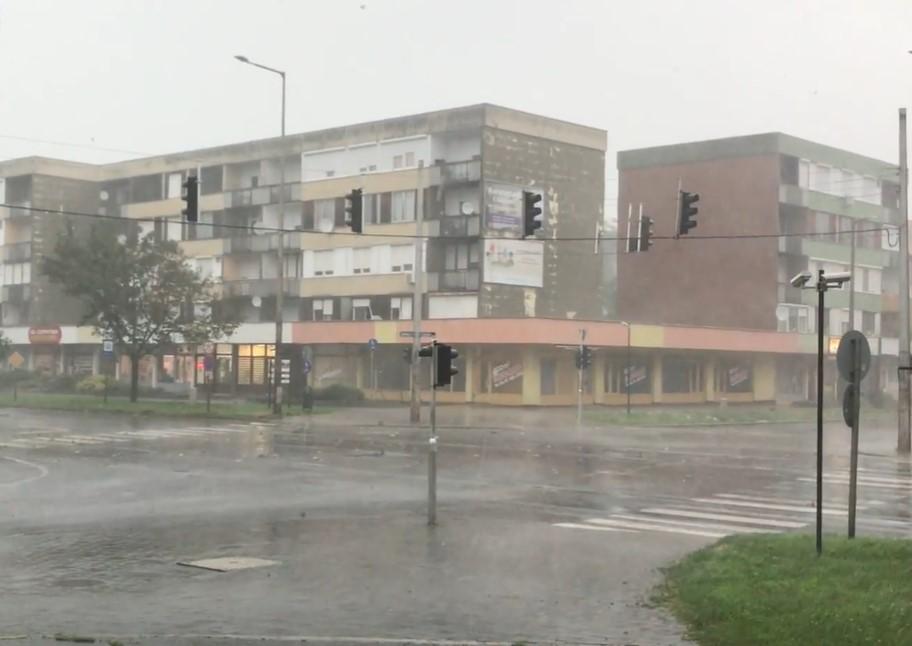 Harmincezer fogyasztónál nincs áram Szabolcsban a vihar után