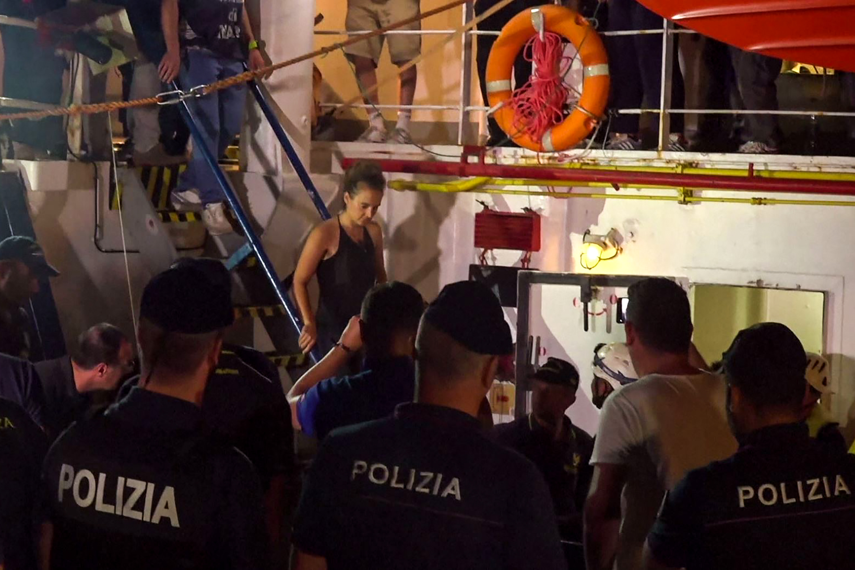 """""""Azért kötöttem ki a hajót, mert attól féltem, hogy az emberek öngyilkosok lesznek"""""""
