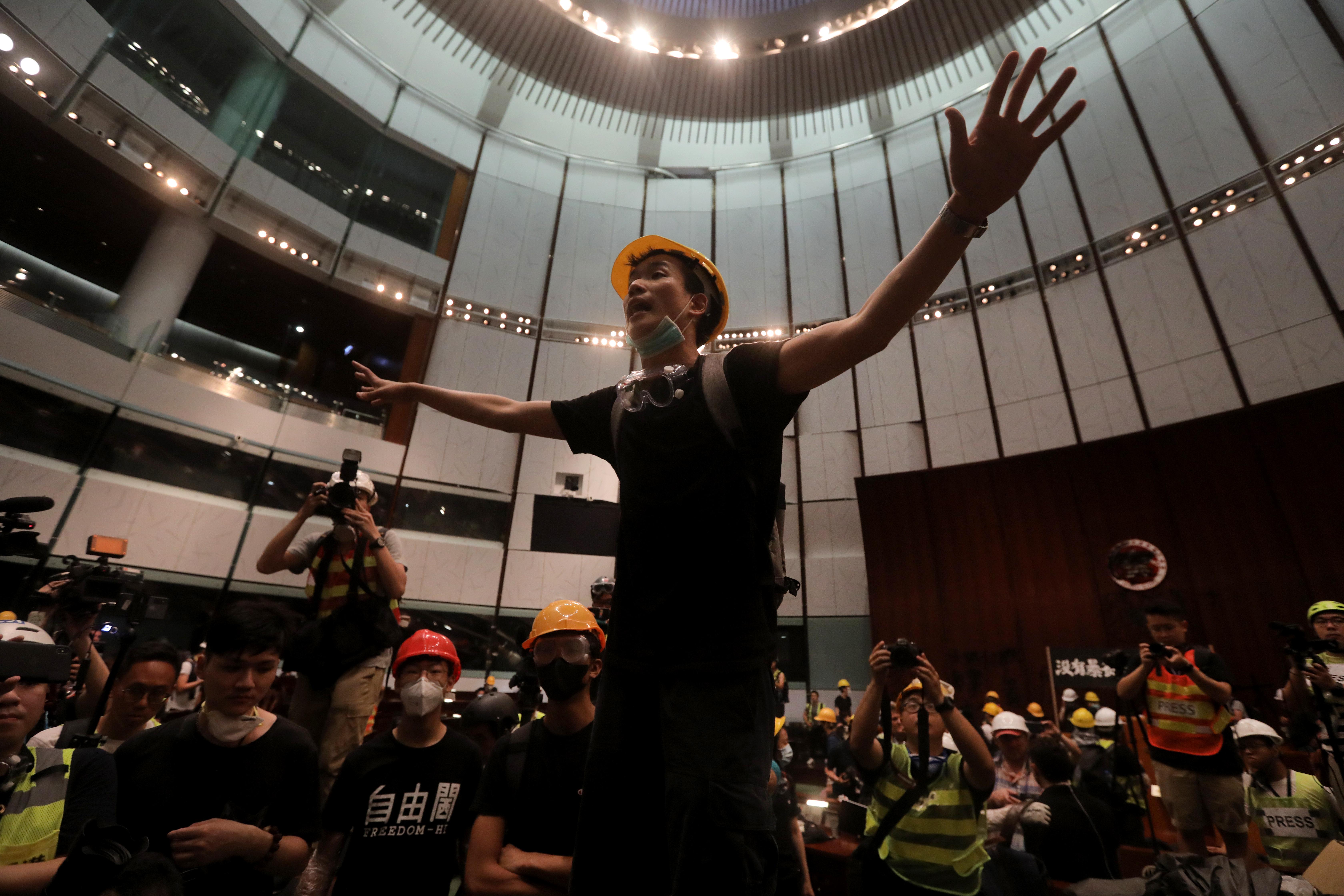 Kína már nyíltan fenyegeti a hongkongi tüntetőket: Ne játsszatok a tűzzel!