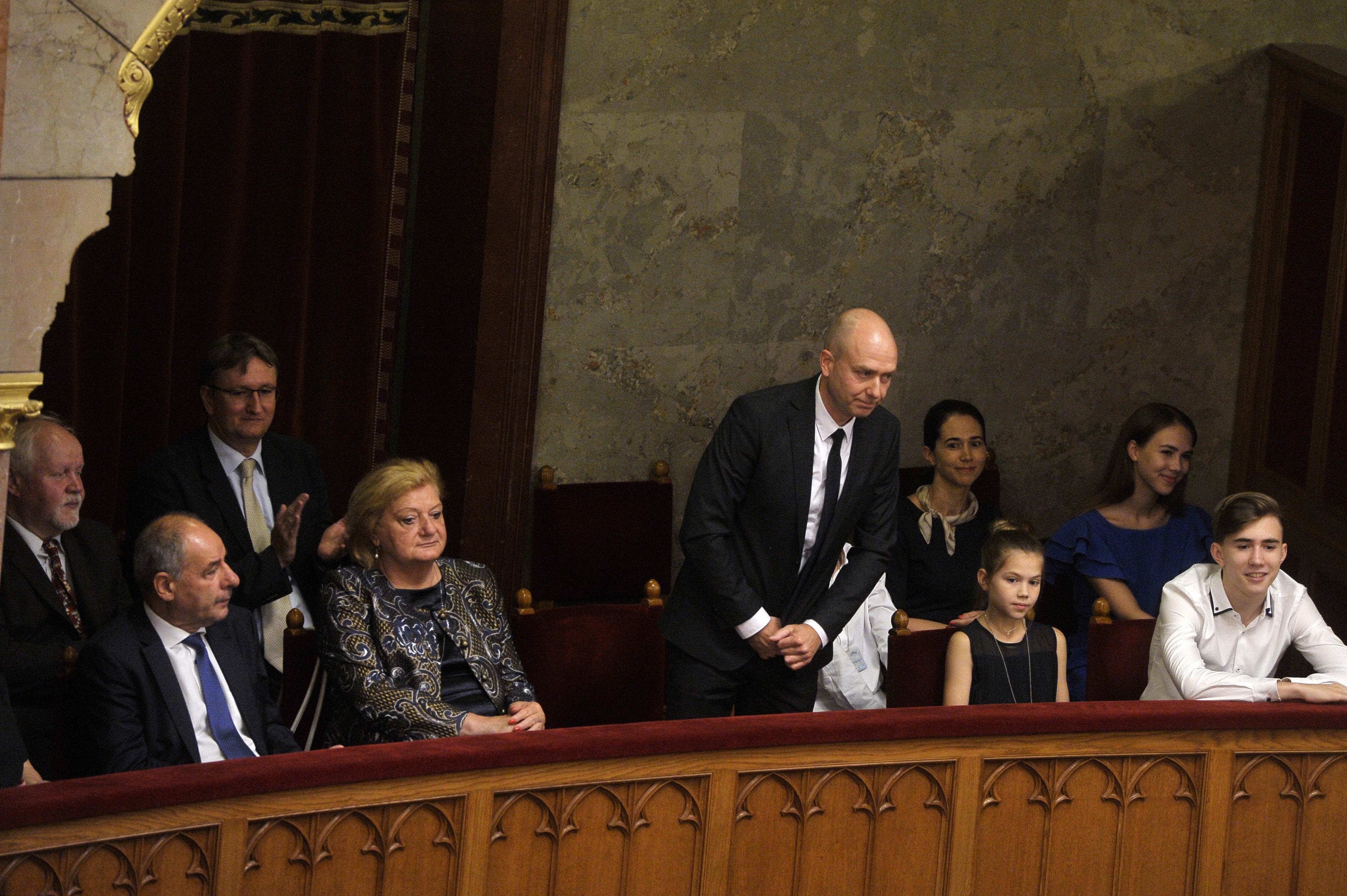 Az alapjogi biztos soron kívüli vizsgálatot indít a győri gyerekgyilkosság ügyében