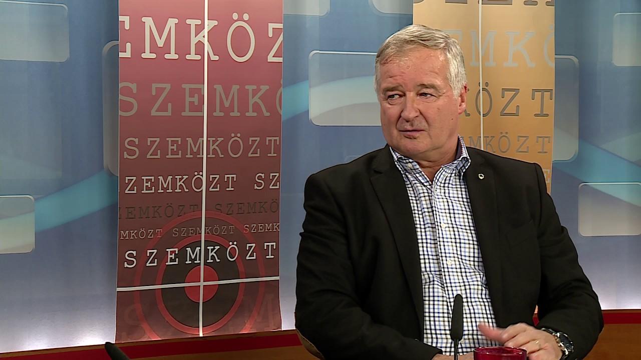 Pezsgő- és borkóstolóval röffenti be a független szegedi jelöltjét a Fidesz
