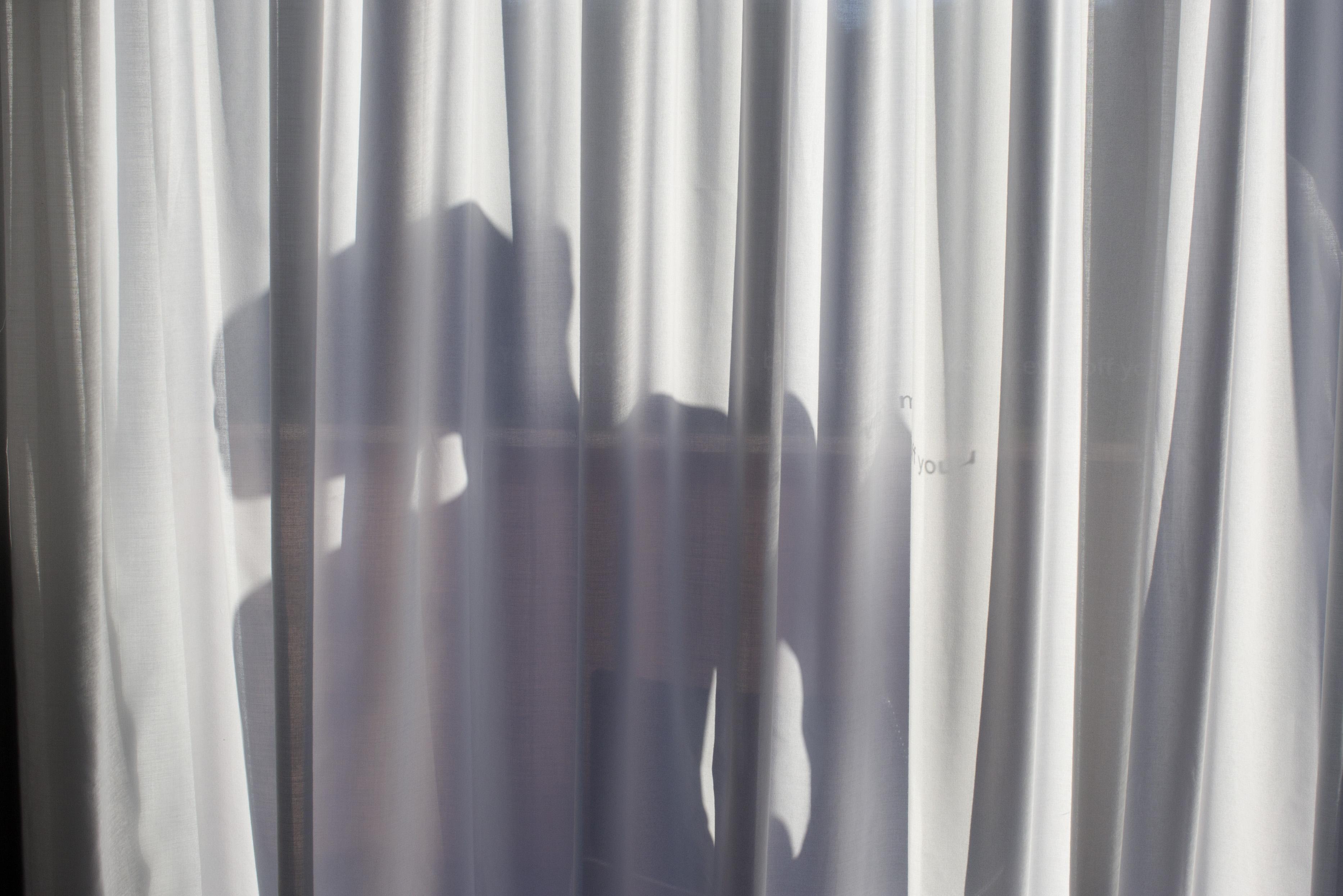Rejtett kamerákkal kukkolták a vendégeket egy balatonboglári apartmanházban