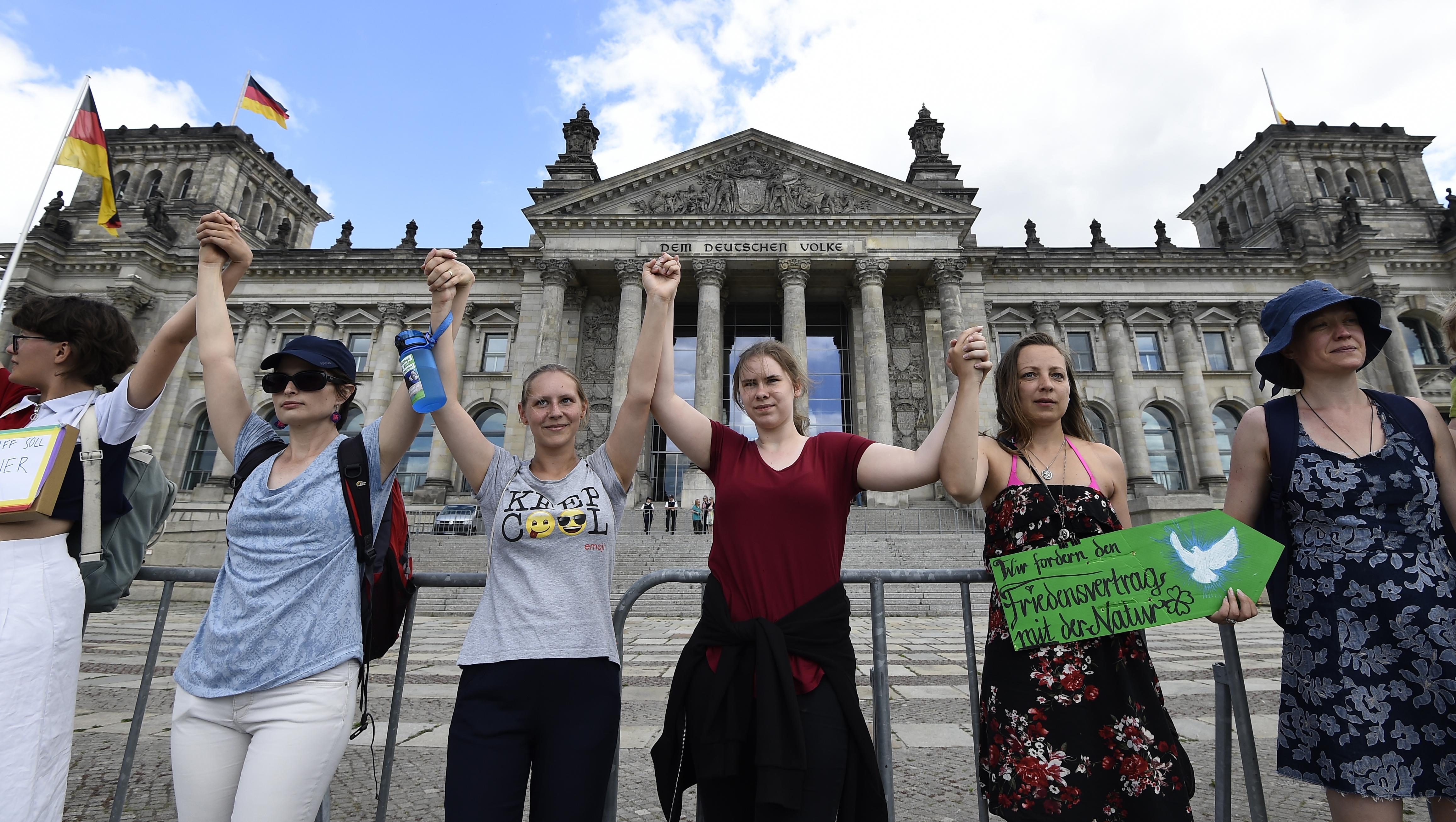 A német kormánypárt az ellenzékkel közösen akarja kidolgozni a nemzeti klímastratégiát