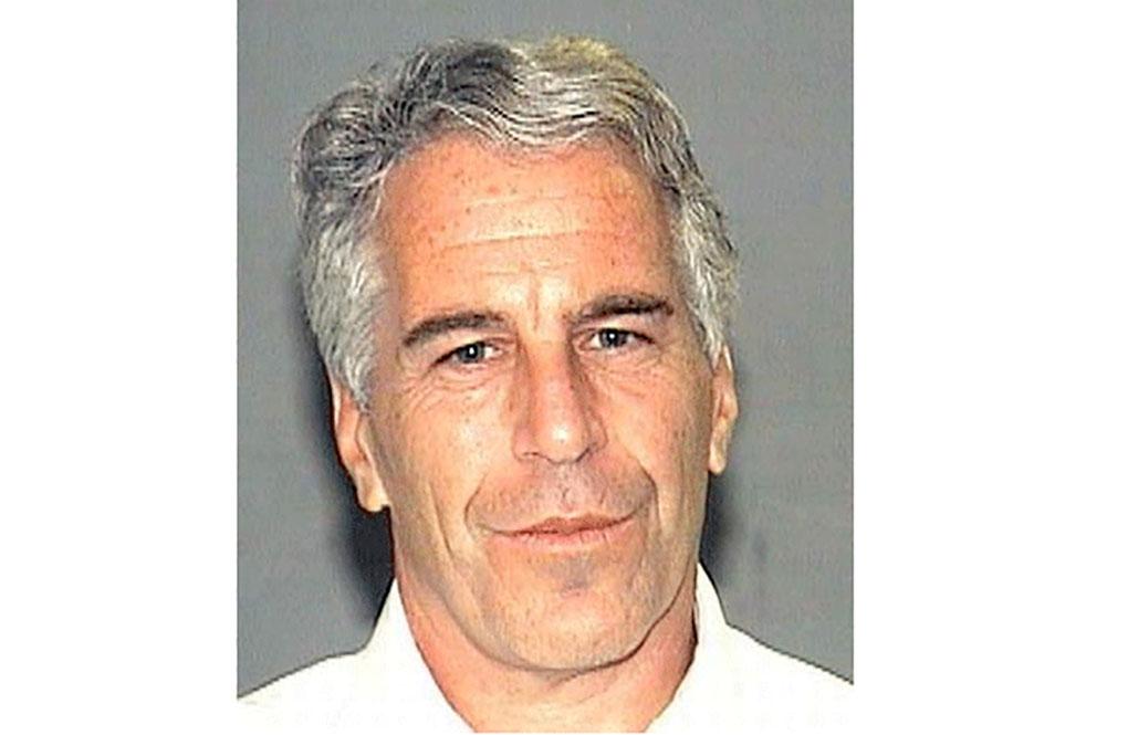 Vádat emeltek a milliárdos Jeffrey Epstein ellen, mert tinilányokat futtatott