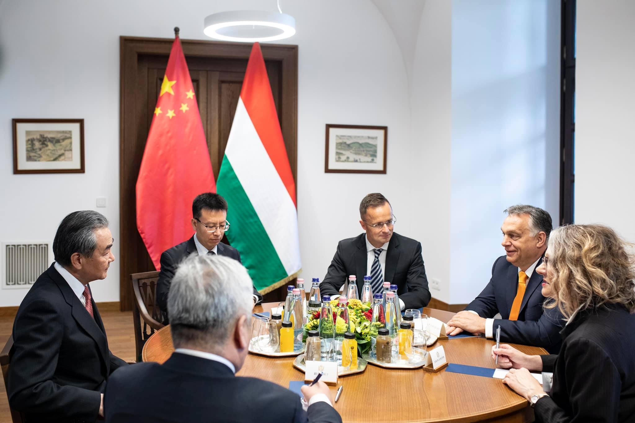 Orbán: Sohasem lehet tudni, mire jó egy barátság