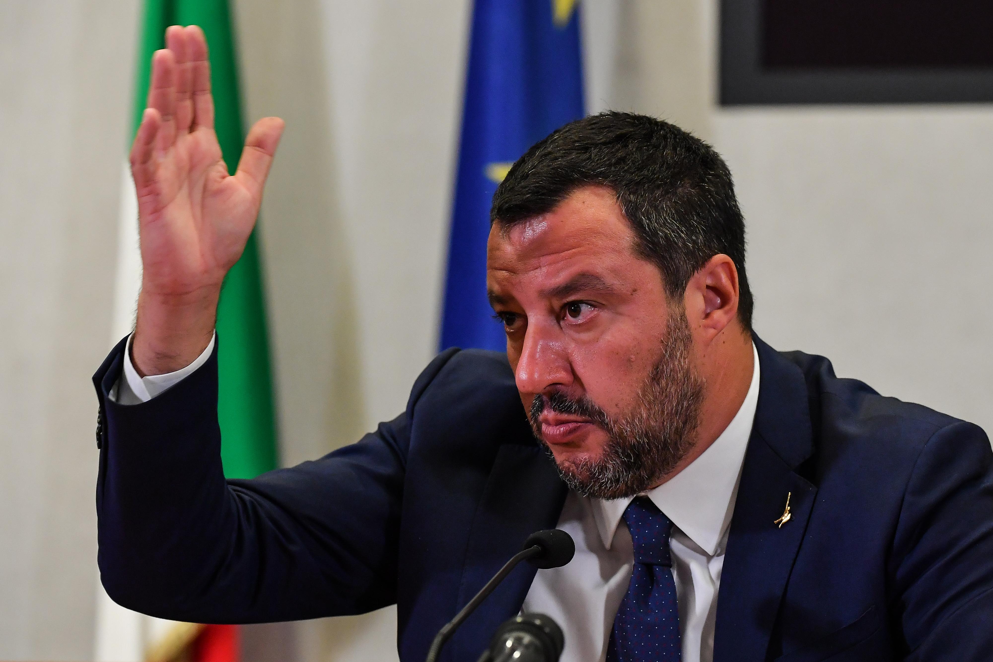 Elvette Matteo Salvini mentelmi jogát az olasz szenátus