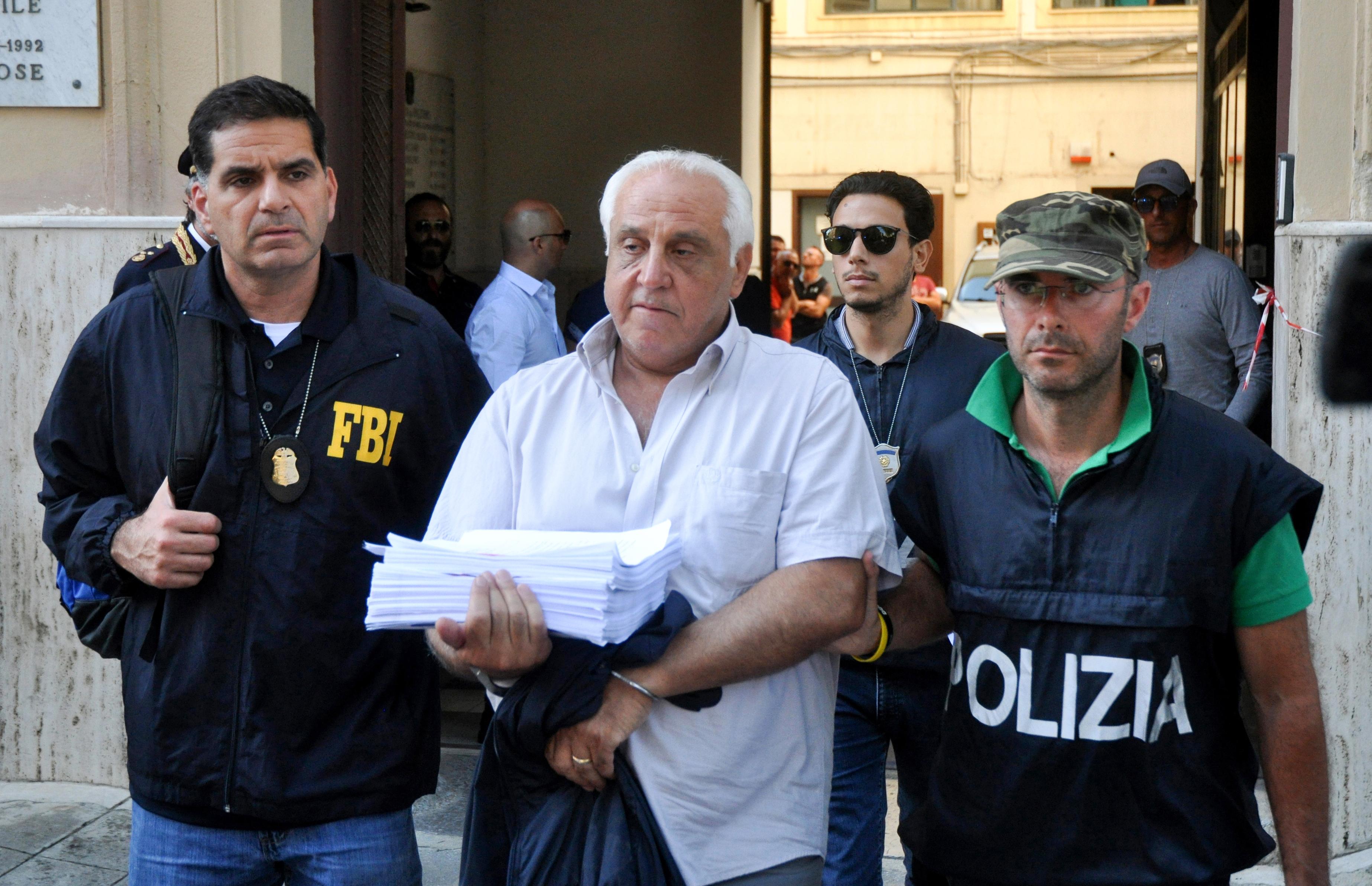 Több tucatnyi maffiafőnök jöhet ki a börtönből a járvány miatt Olaszországban