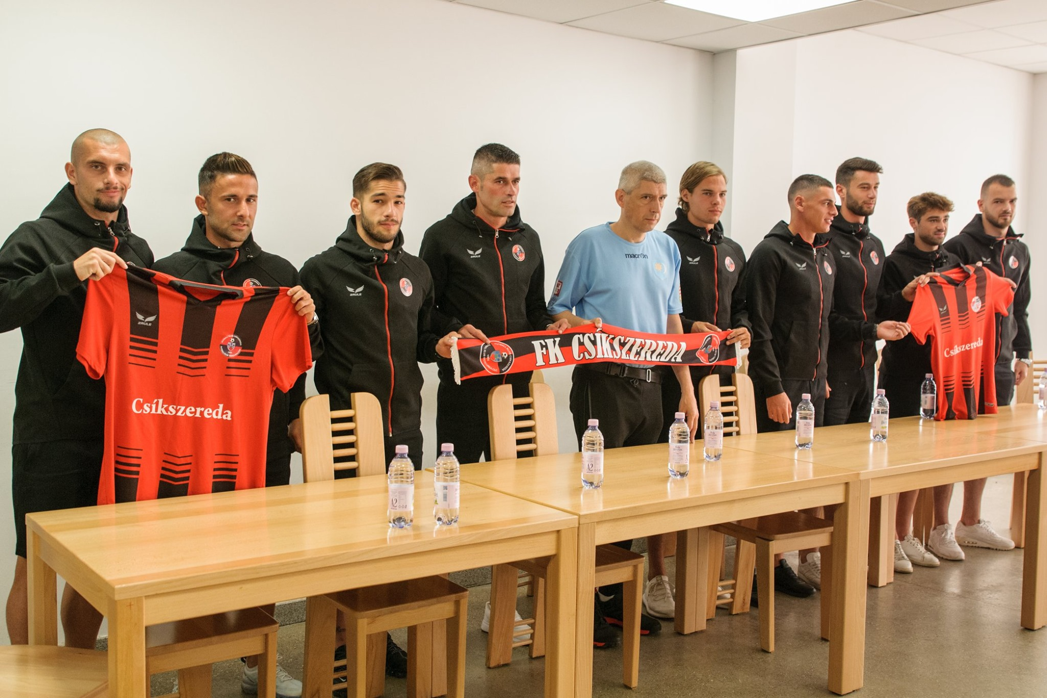Miután ötmilliárdot kapott a magyar kormánytól, hirtelen 2rule szerelésre váltott az FK Csíkszereda