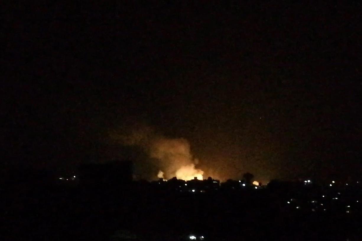 Szíriában bombázott Izrael